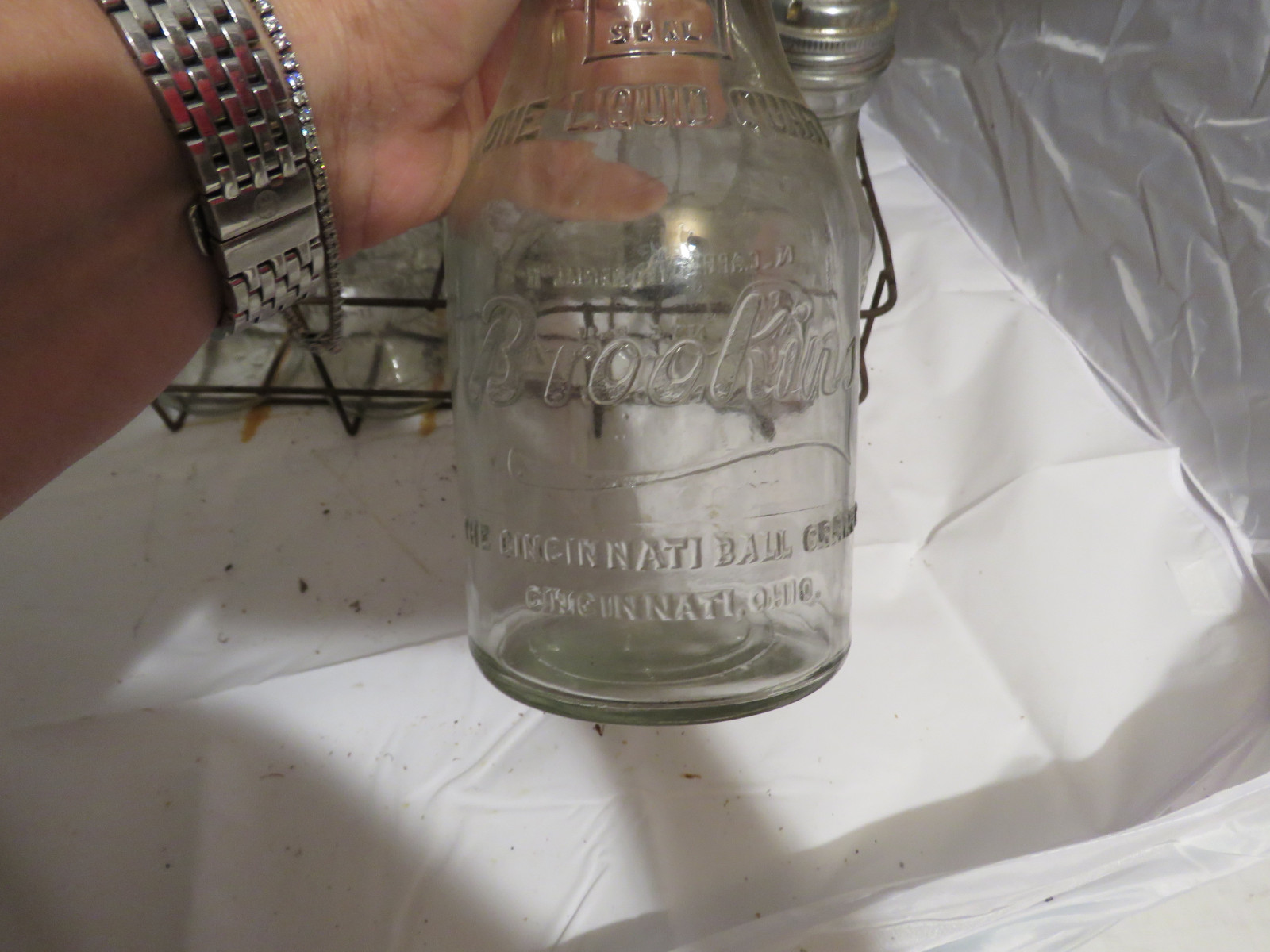 RARE Case of Glass Brookins Oil Bottles and Rack - Image 4