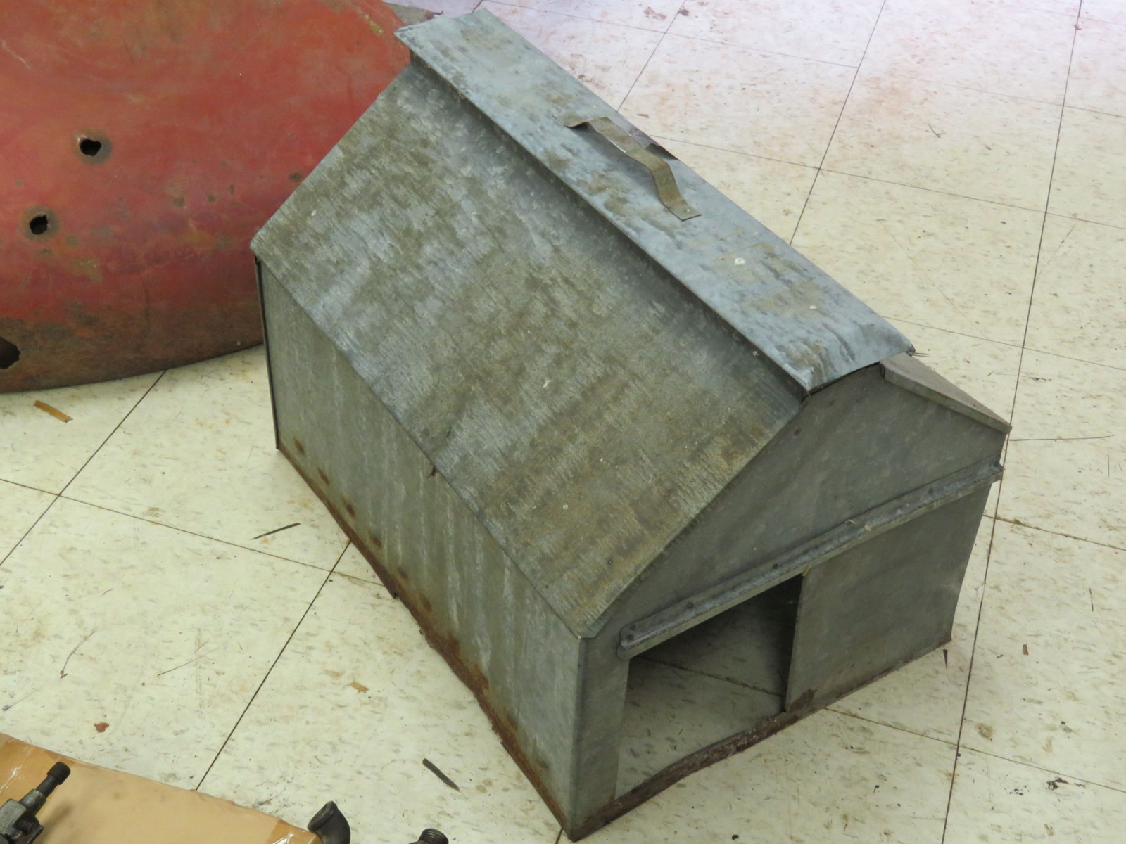 Portable Chicken House - Image 3