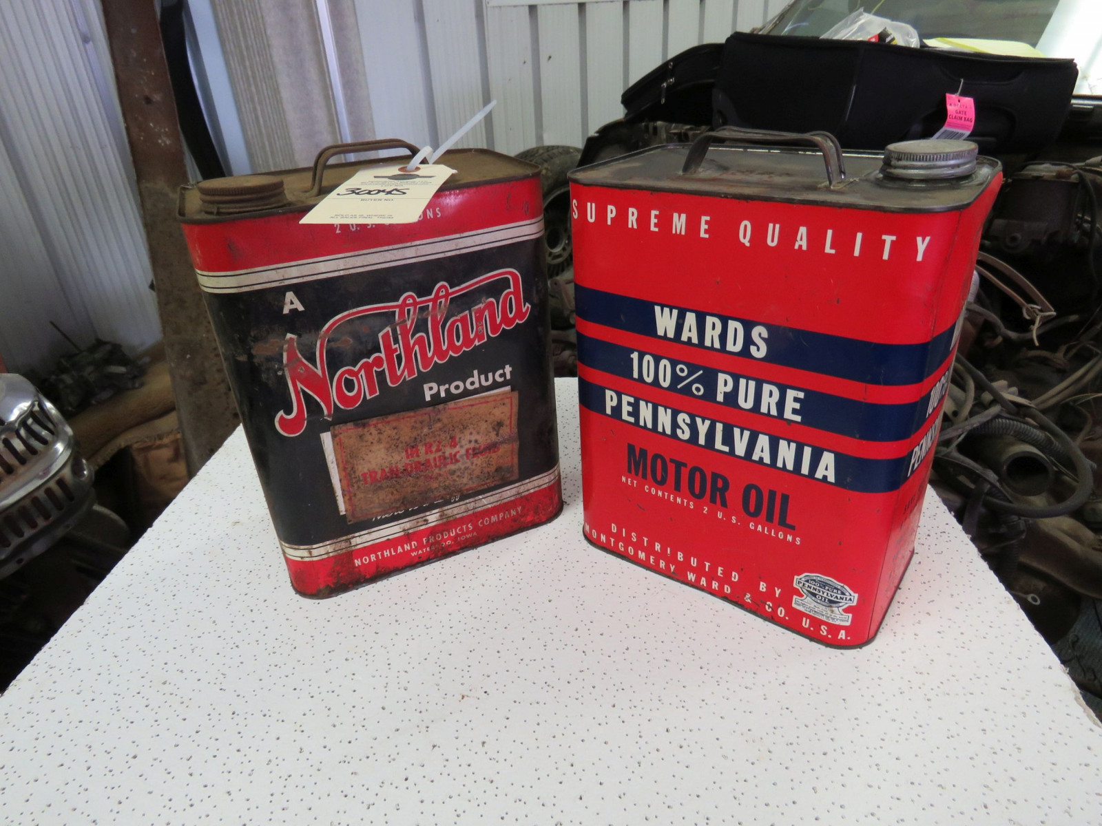 Wards & Northland 2 Gallon Empty Oil Cans - Image 1