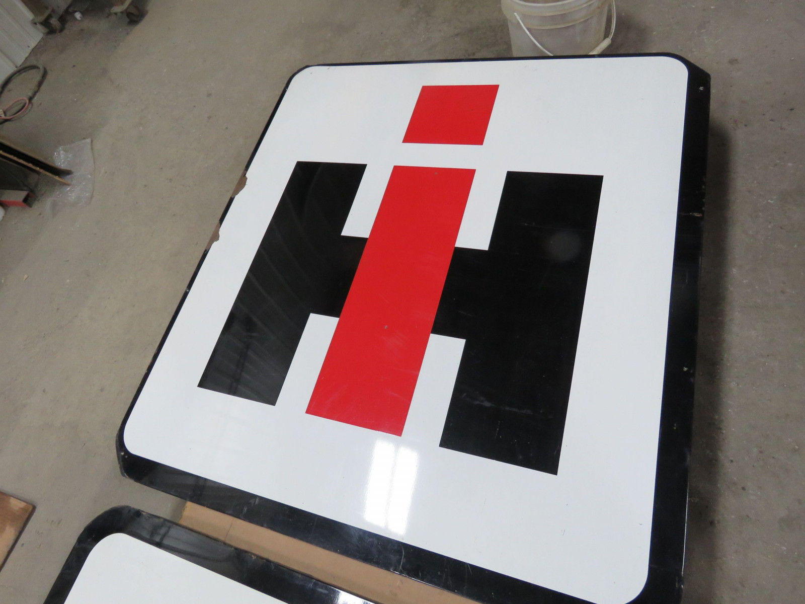 Porcelain Single Sided IH Sign - Image 1