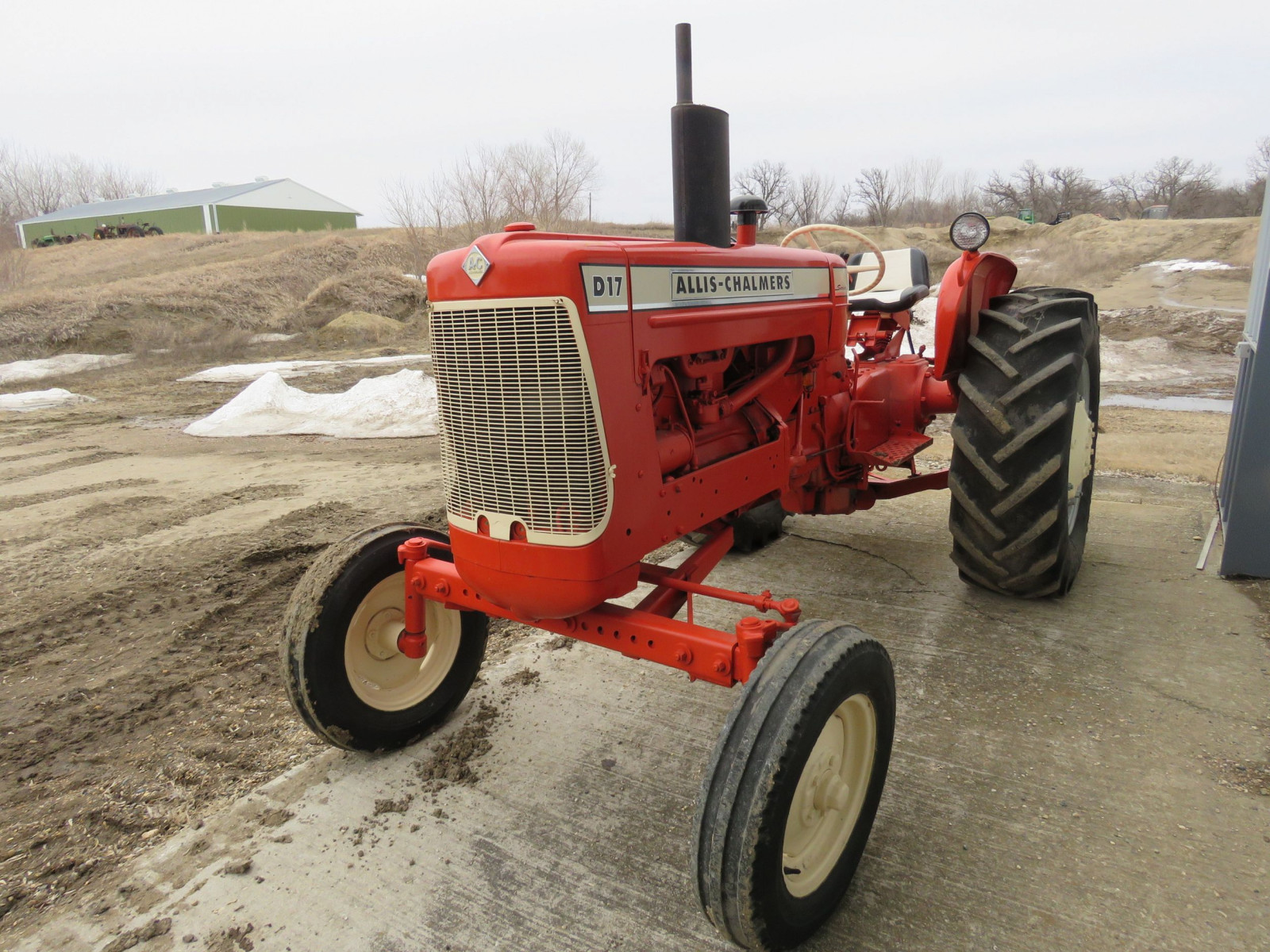 Allis Chalmers D17 Tractor - Image 1