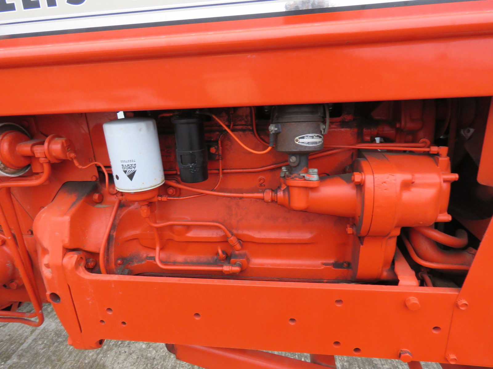 Allis Chalmers D17 Tractor - Image 4