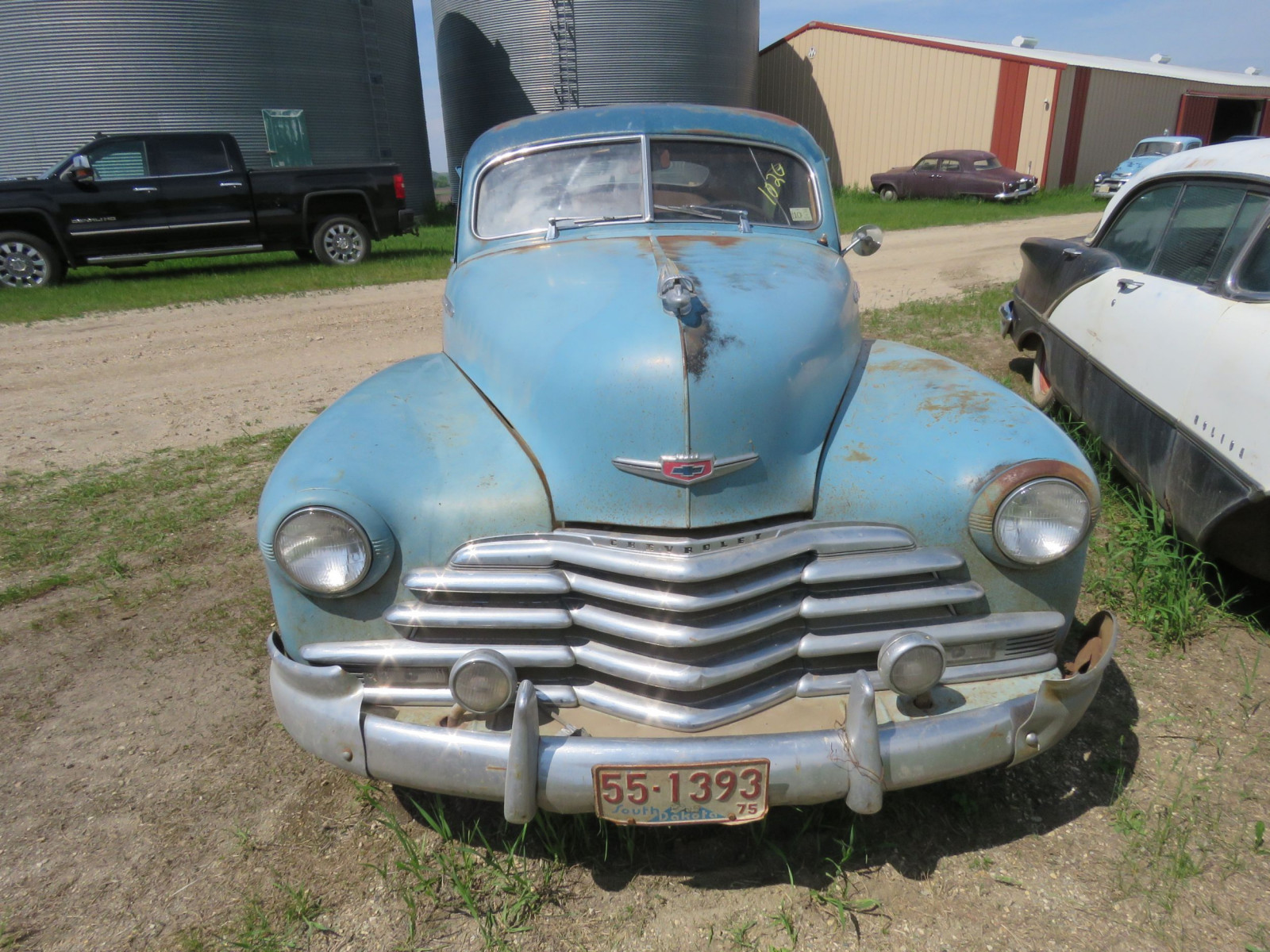 1947 Chevrolet Fleet line 2dr Sedan - Image 2