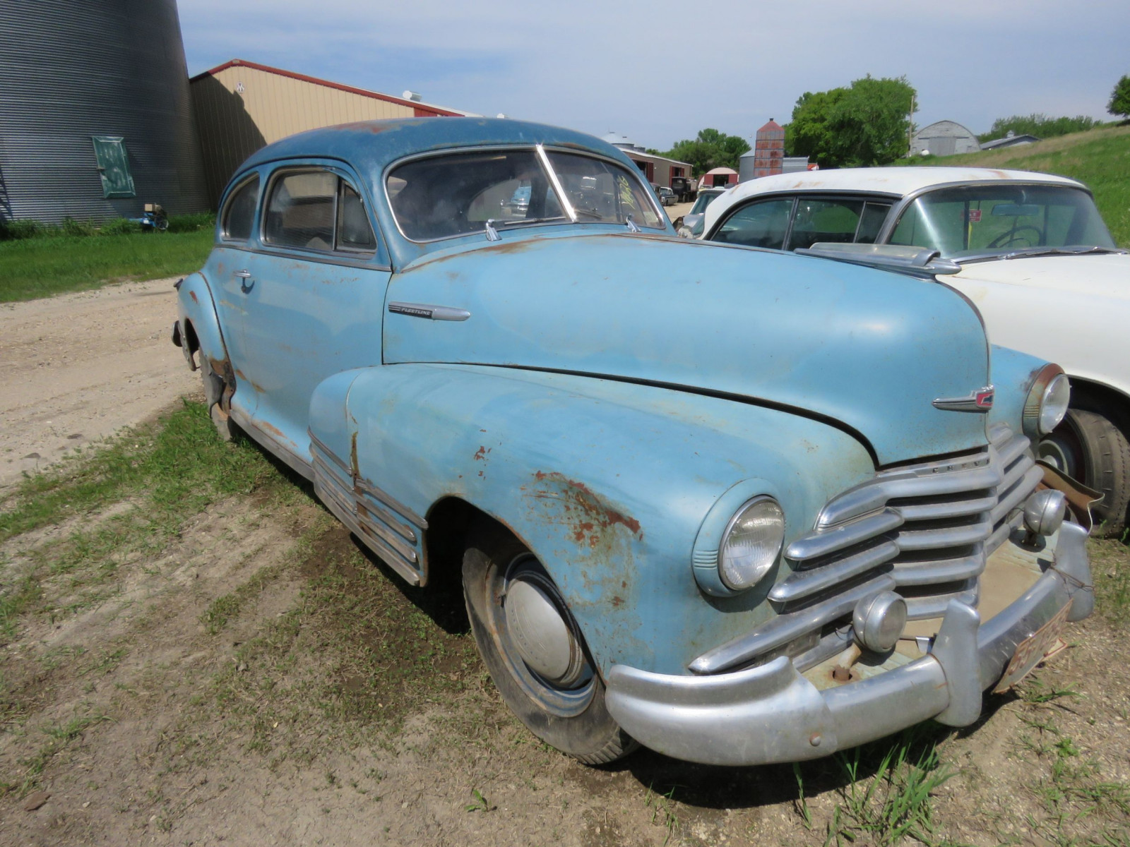 1947 Chevrolet Fleet line 2dr Sedan - Image 3