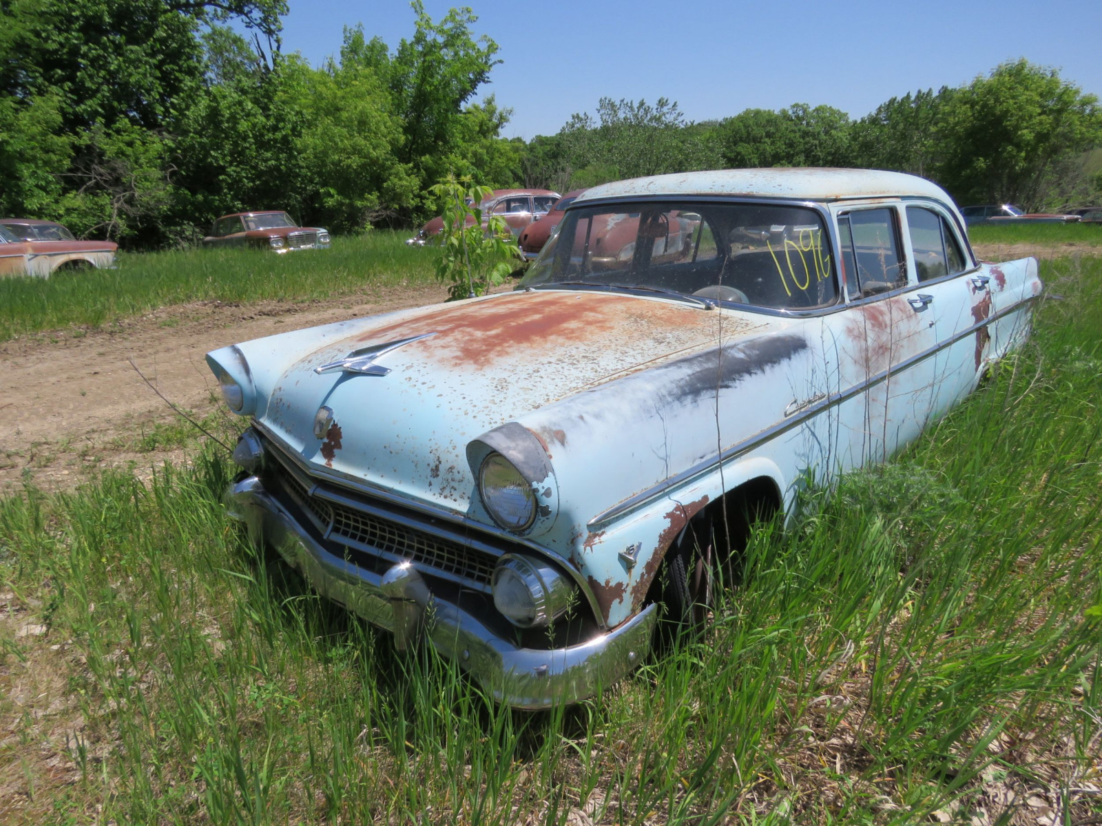 1953 Ford Custom line 4dr Sedan for project ort parts - Image 1