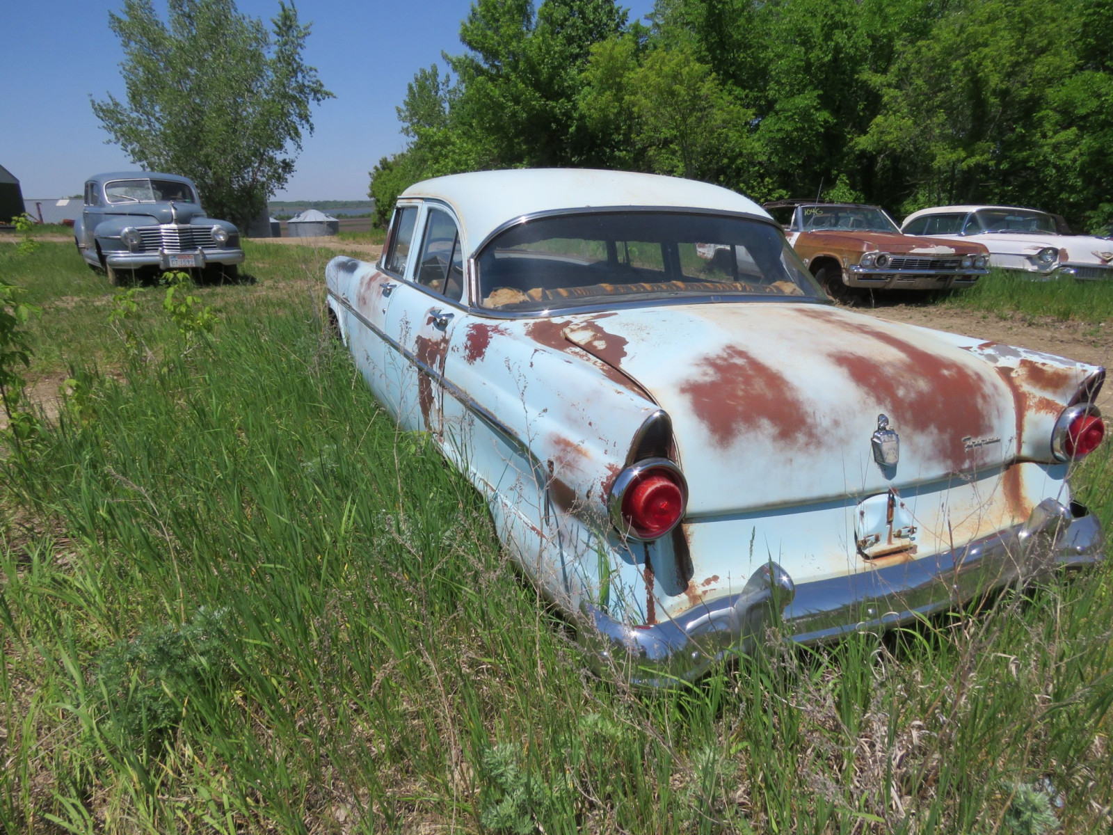 1953 Ford Custom line 4dr Sedan for project ort parts - Image 4
