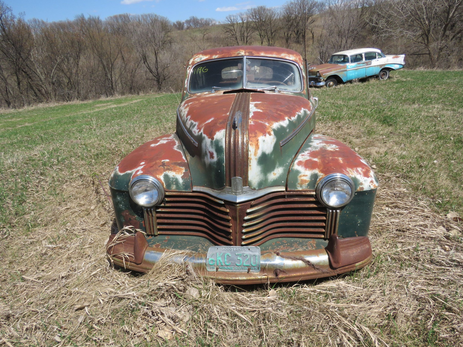 1940's Pontiac 2dr Sedan for Project or Parts - Image 2