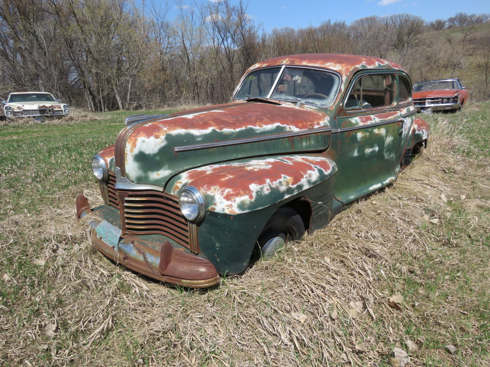 1940's Pontiac 2dr Sedan for Project or Parts - Image 3
