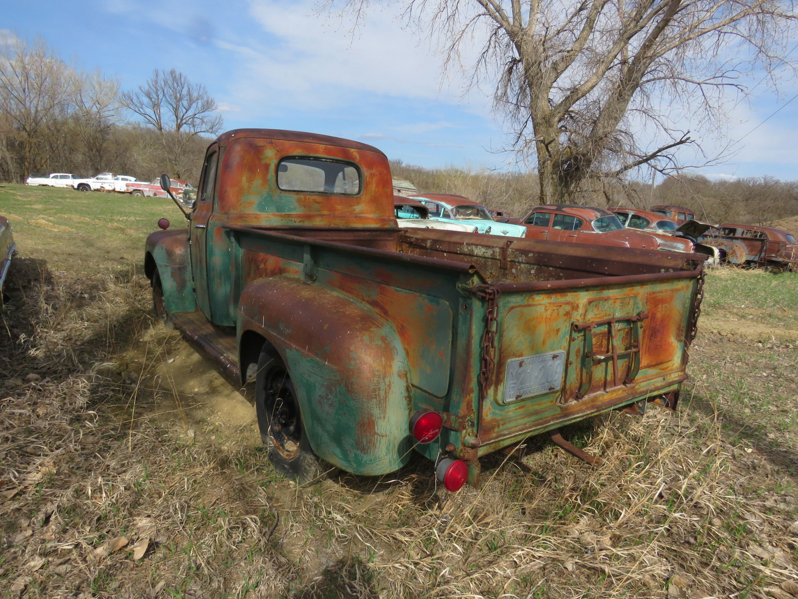 1949 Ford F-3 Pickup for Rod or restore - Image 3