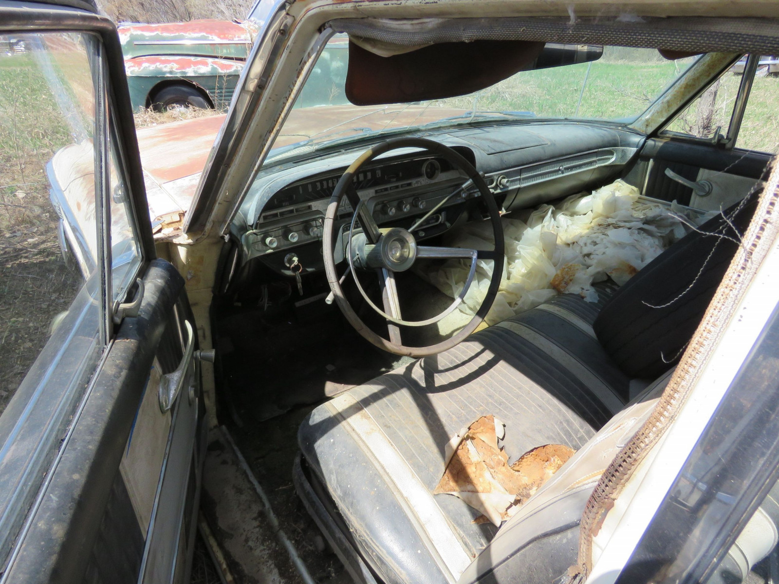 1960'S Mercury Monterey For Project or parts - Image 4
