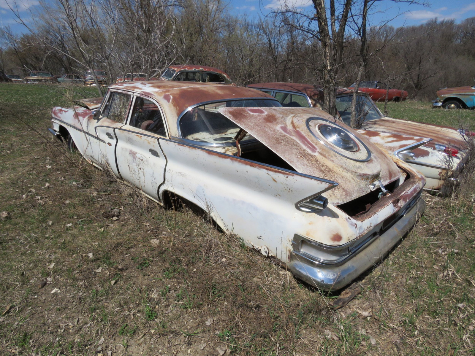 1961 Chrysler 4dr Sedan 6113184792 - Image 2