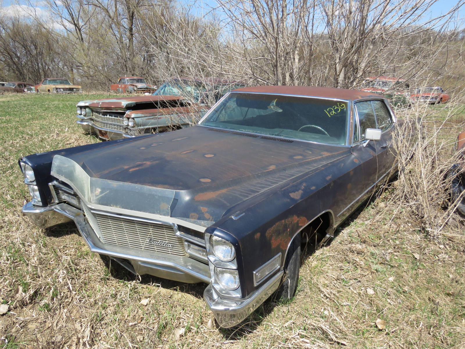 Cadillac 4dr HT for Project and Parts - Image 1