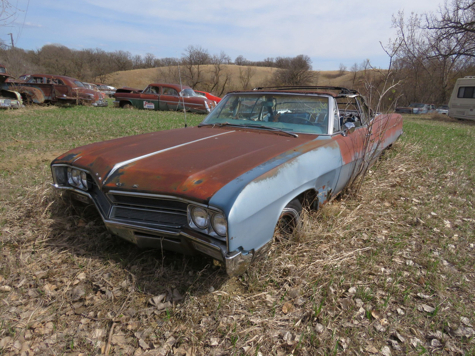 1960'S Buick Wildcat for Project or Parts - Image 1