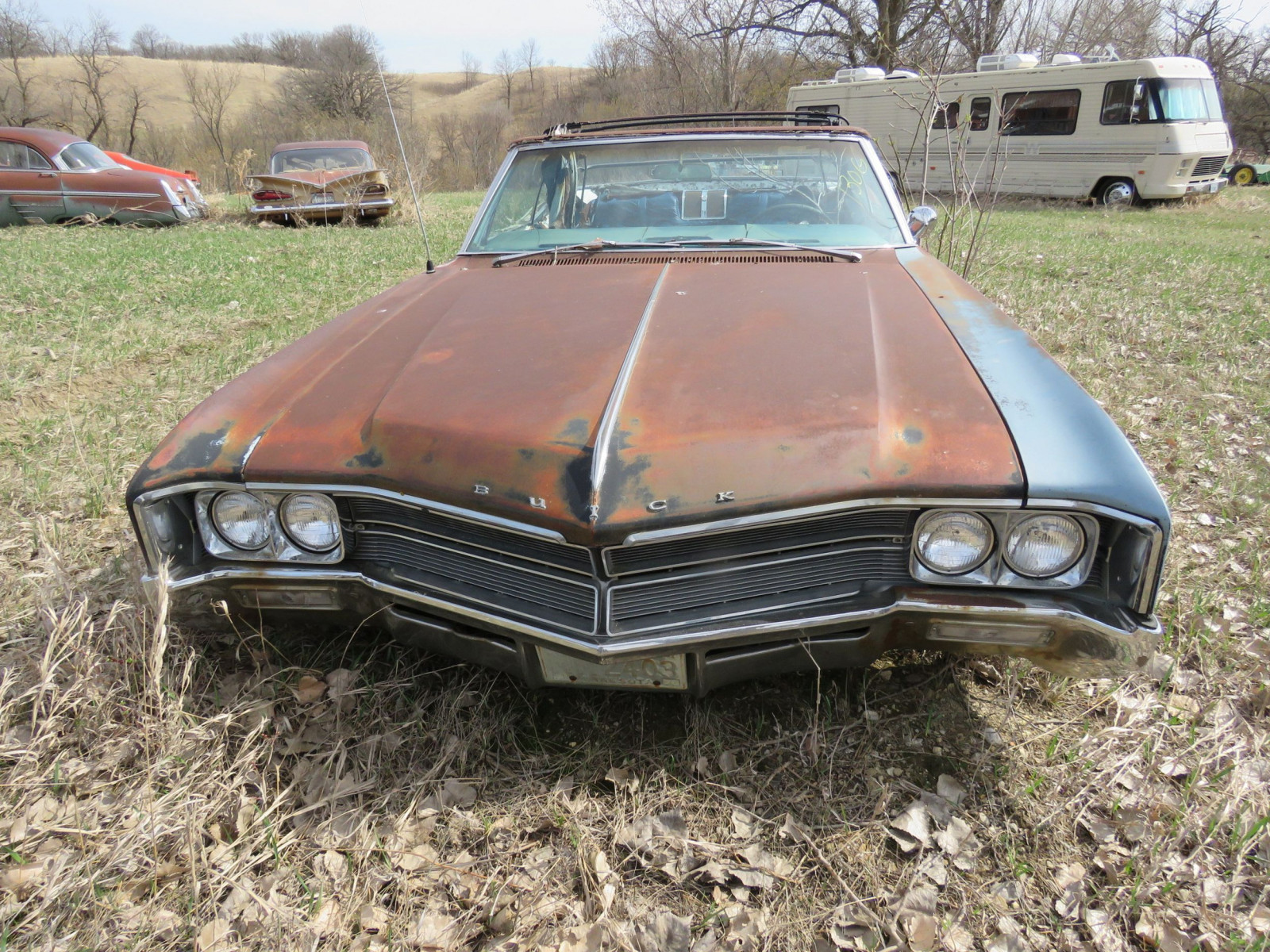 1960'S Buick Wildcat for Project or Parts - Image 2