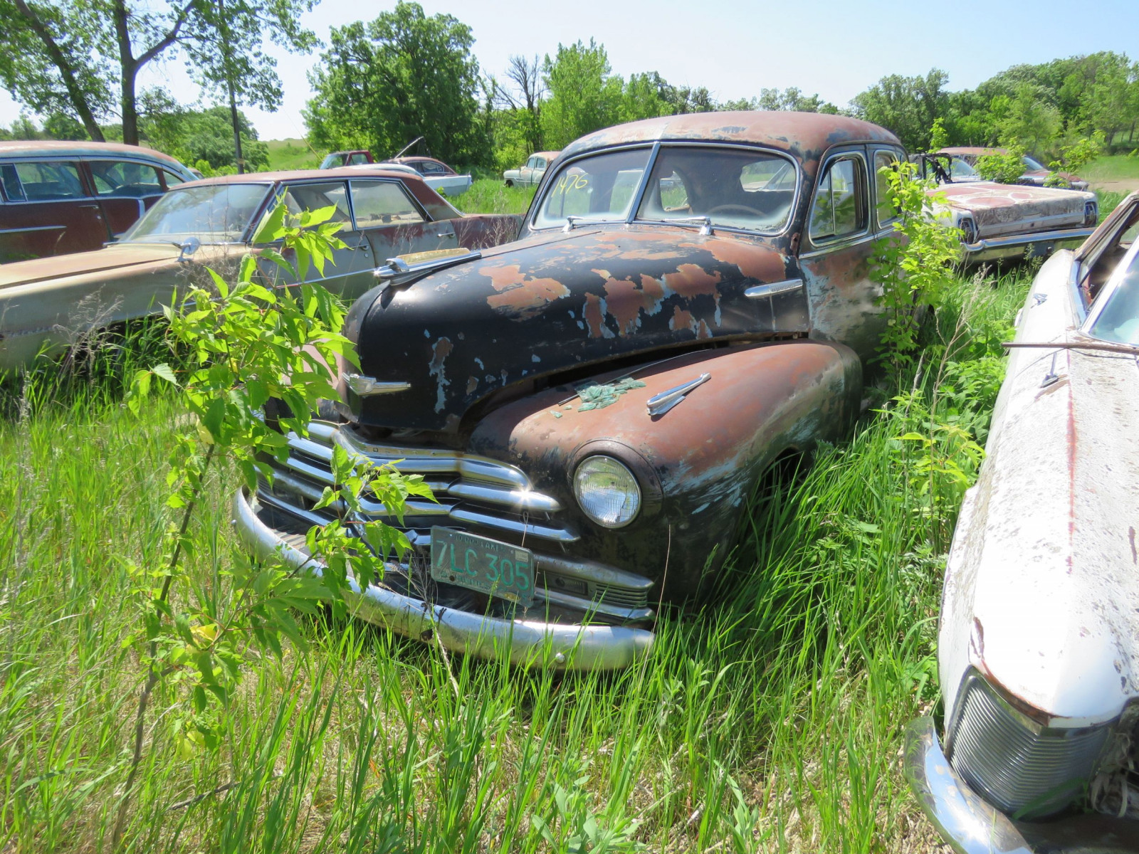 1947 Chevrolet Fleet master 4dr Sedan for Project or parts - Image 2