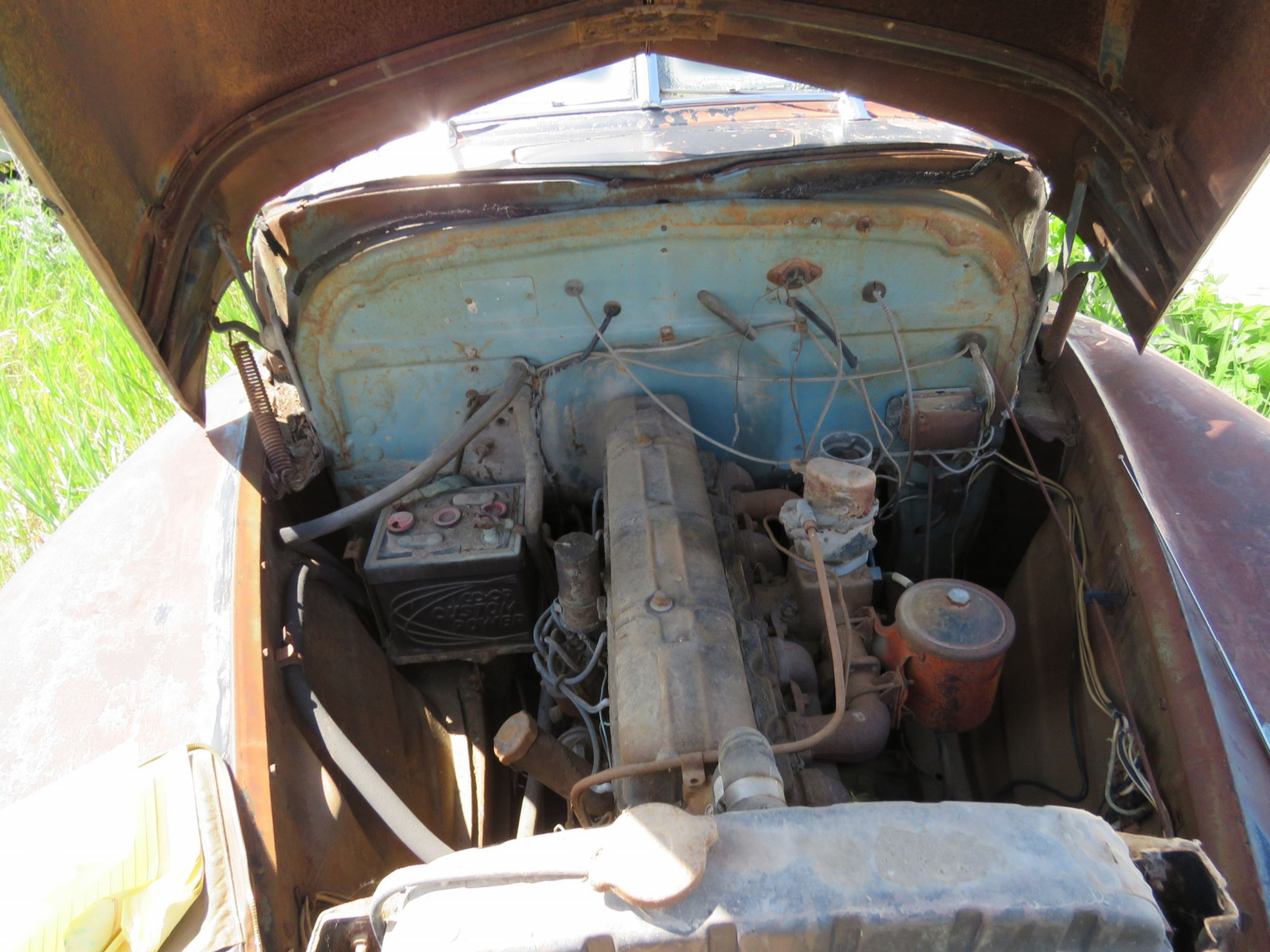 1947 Chevrolet Fleet master 4dr Sedan for Project or parts - Image 3