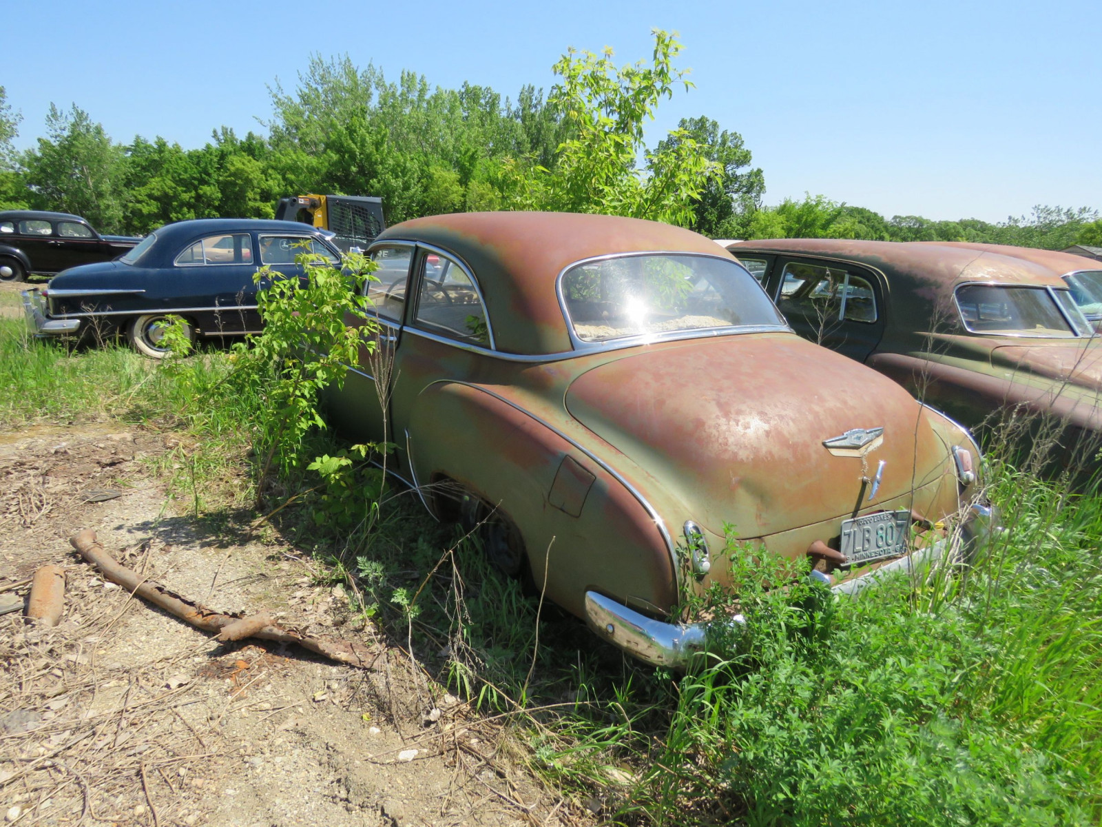 1950 Chevrolet Deluxe 2dr Sedan for project or parts 21GK-121077 - Image 3