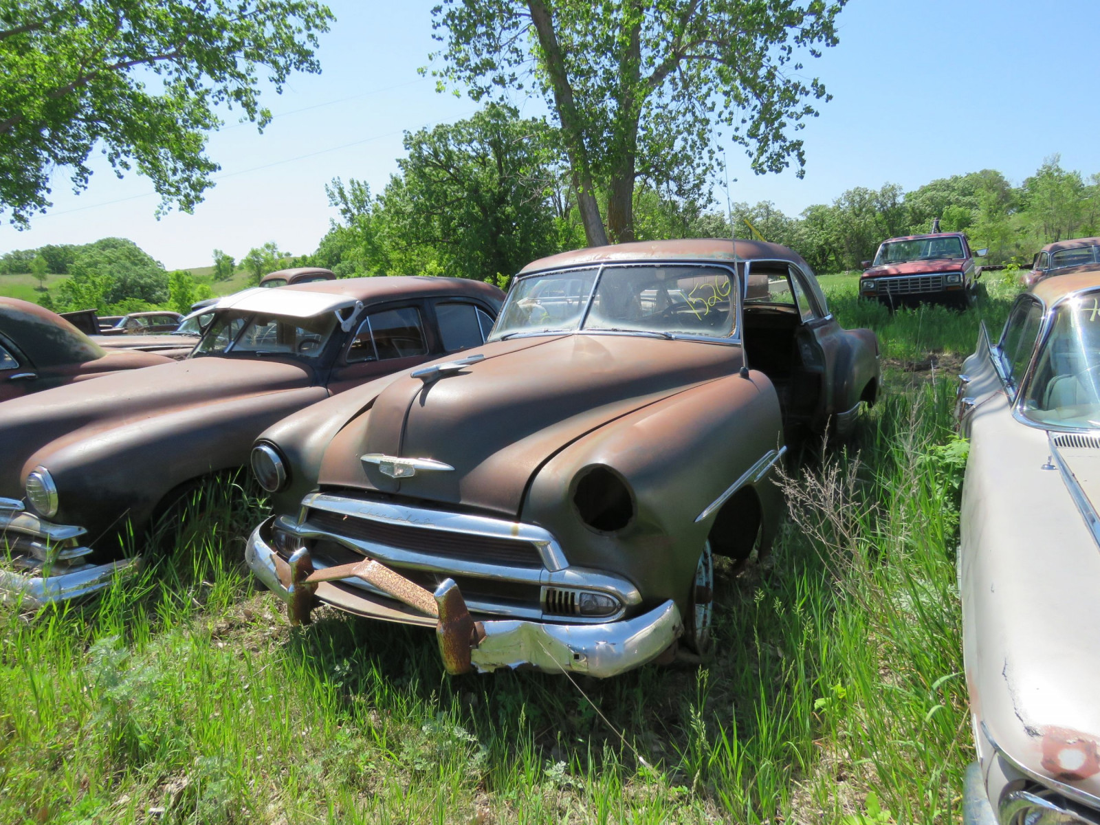 1949/50 Chevrolet Deluxe 2dr HT for parts - Image 1