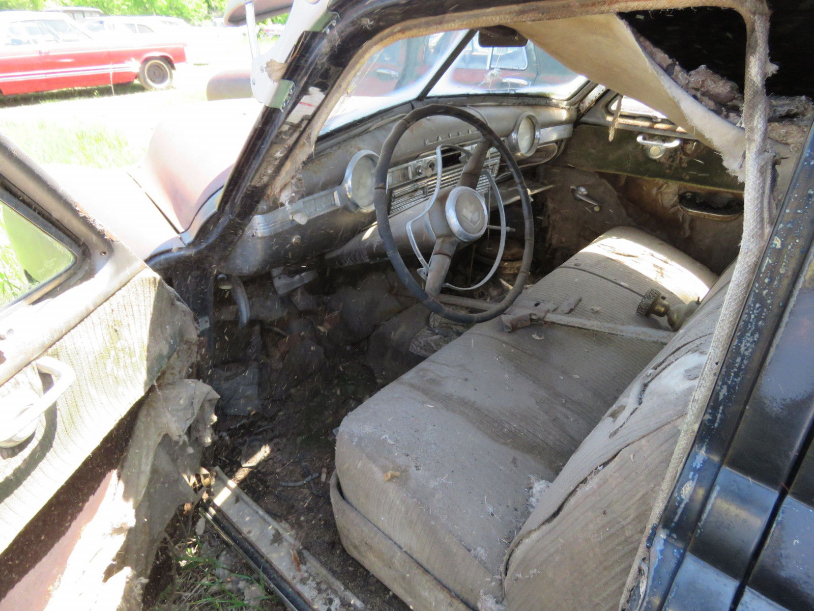 1949 Kaiser 4dr Sedan for project or parts - Image 6