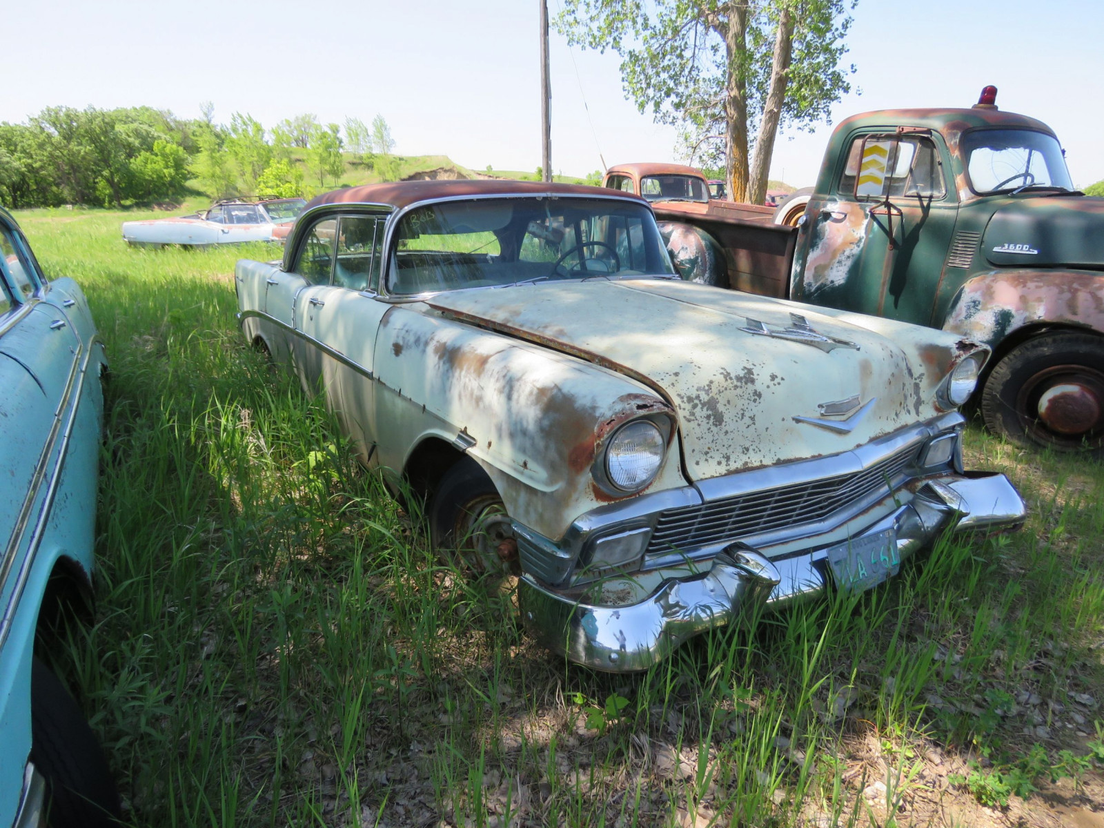 1956 Chevrolet 4dr HT for Project or parts - Image 3