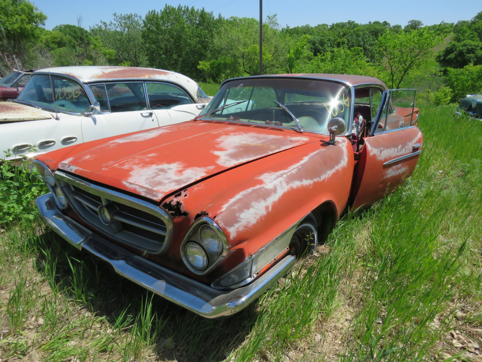 Chrysler 4dr Sedan for Rod or Restore or parts - Image 1