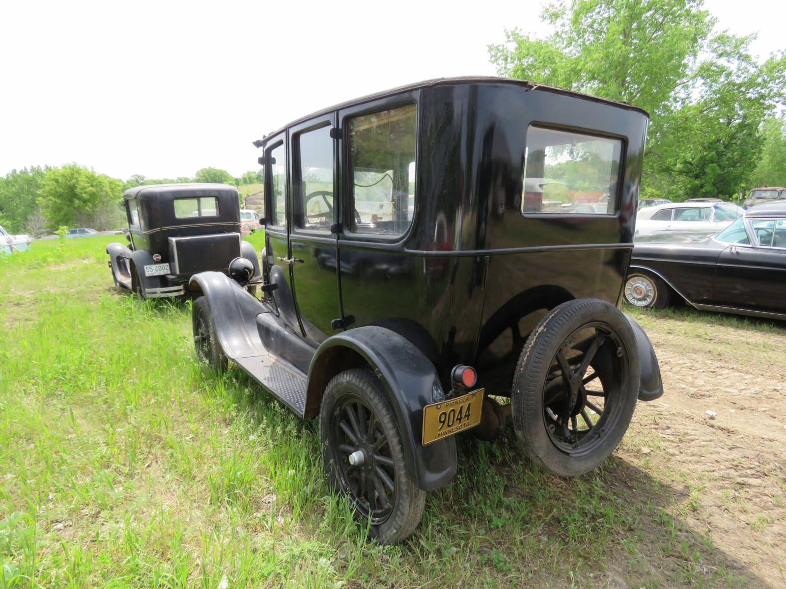 Ford Model T 4dr Sedan - Image 5