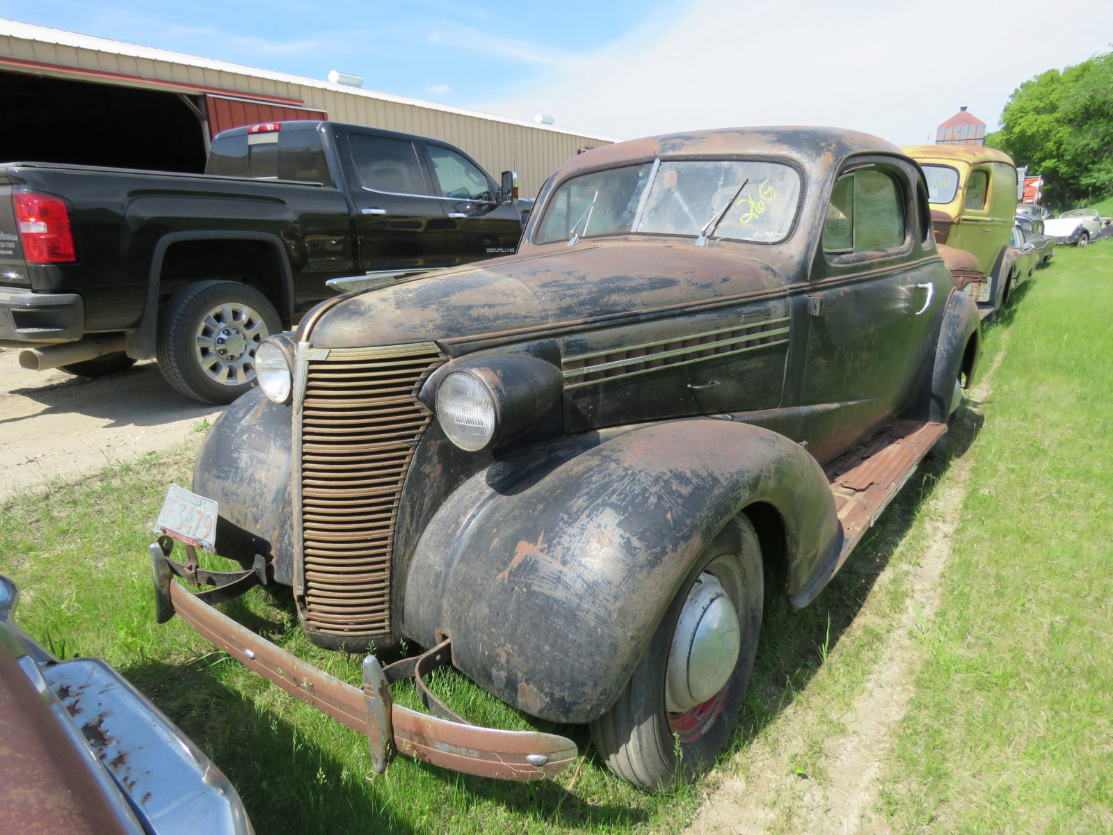 1938 Chevrolet Master Deluxe Coupe 21HA12 15228 - Image 1