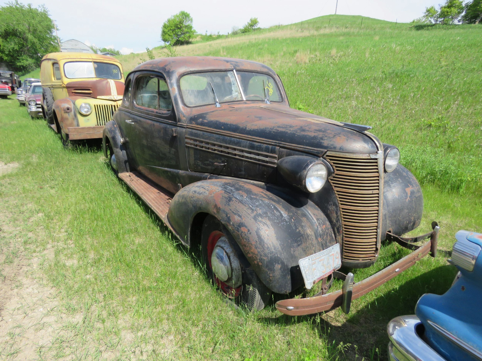 1938 Chevrolet Master Deluxe Coupe 21HA12 15228 - Image 3