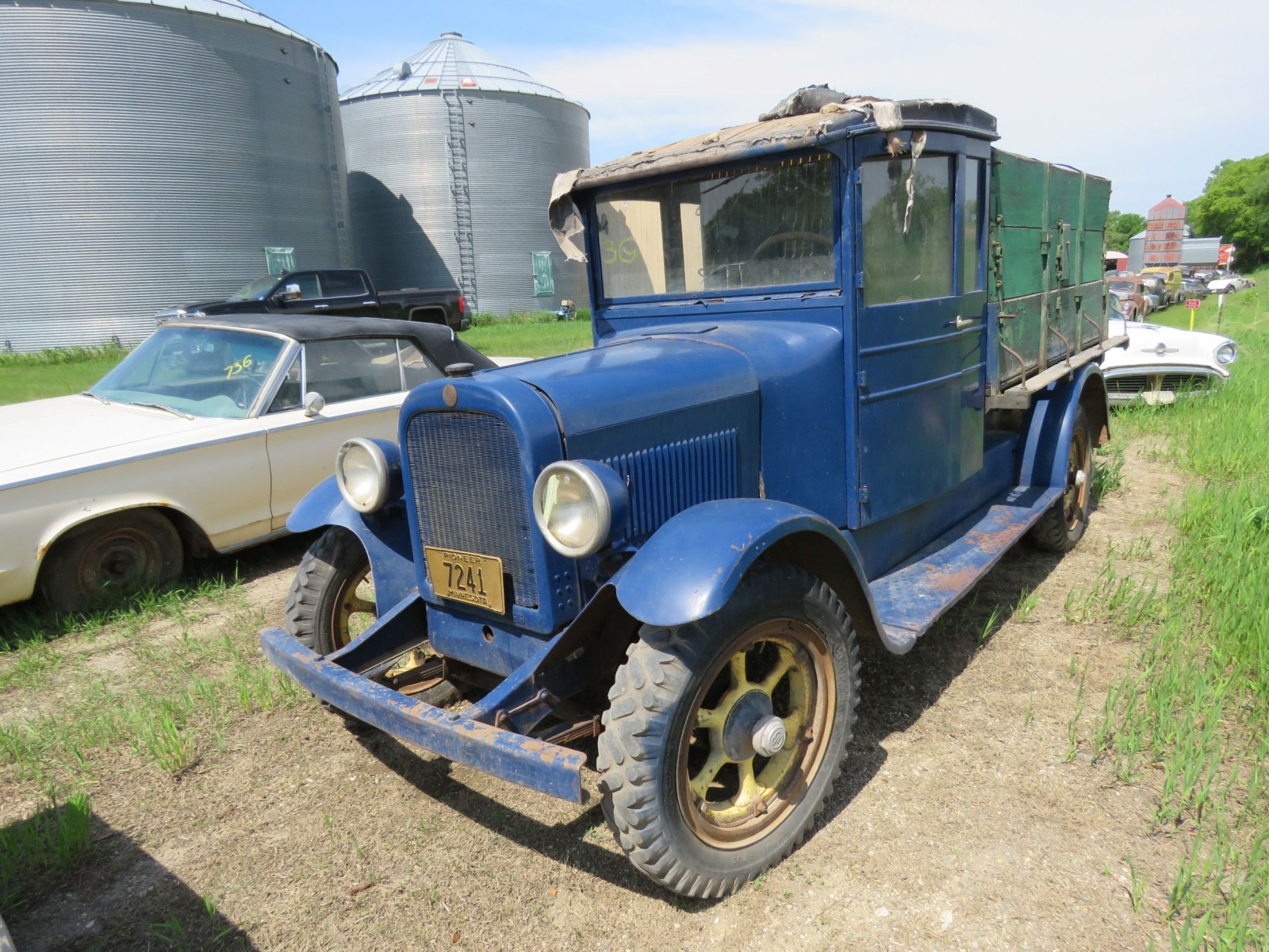 1924 Graham Brothers Truck - Image 2