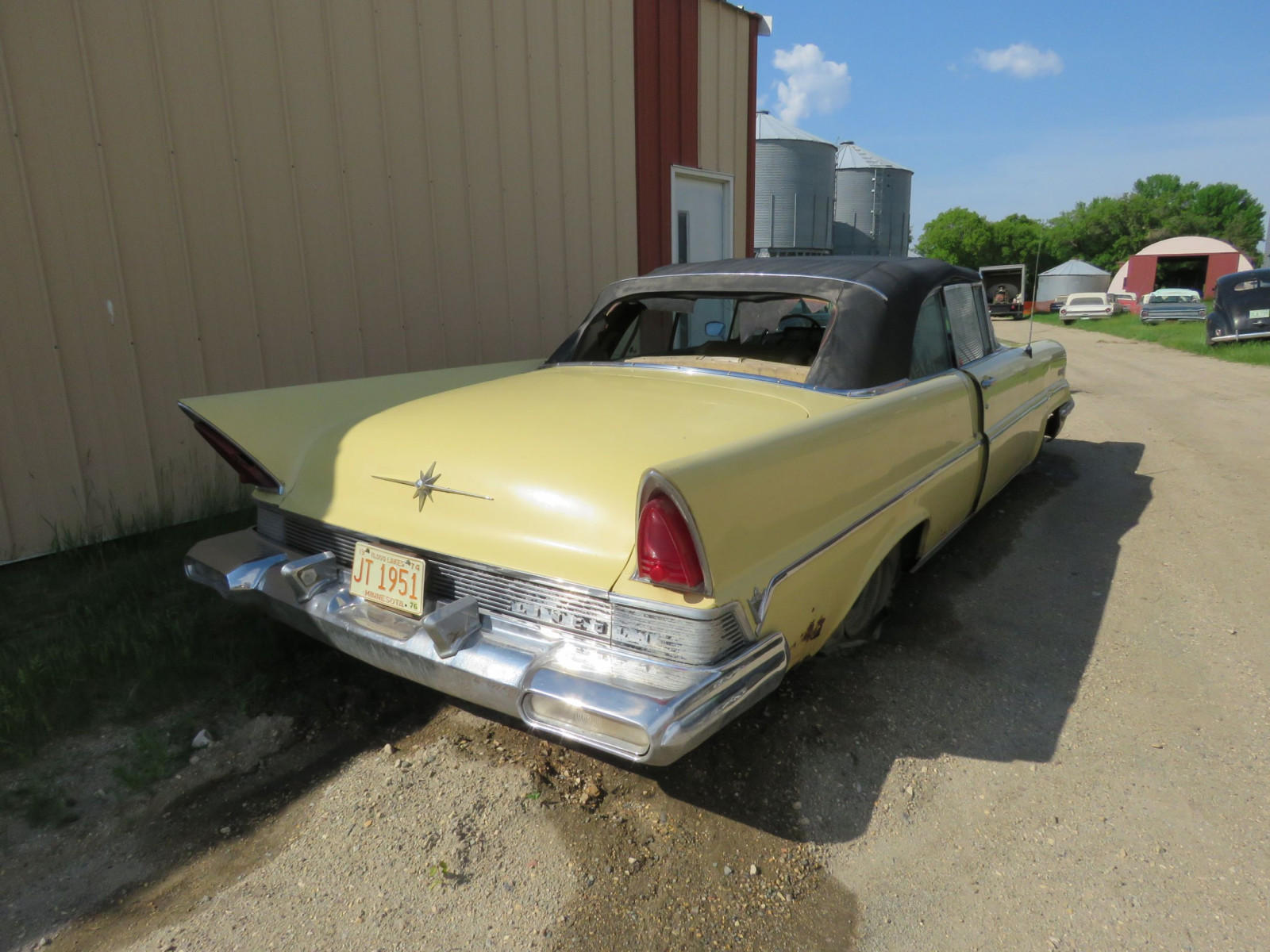 1957 Lincoln Premier Convertible - Image 5