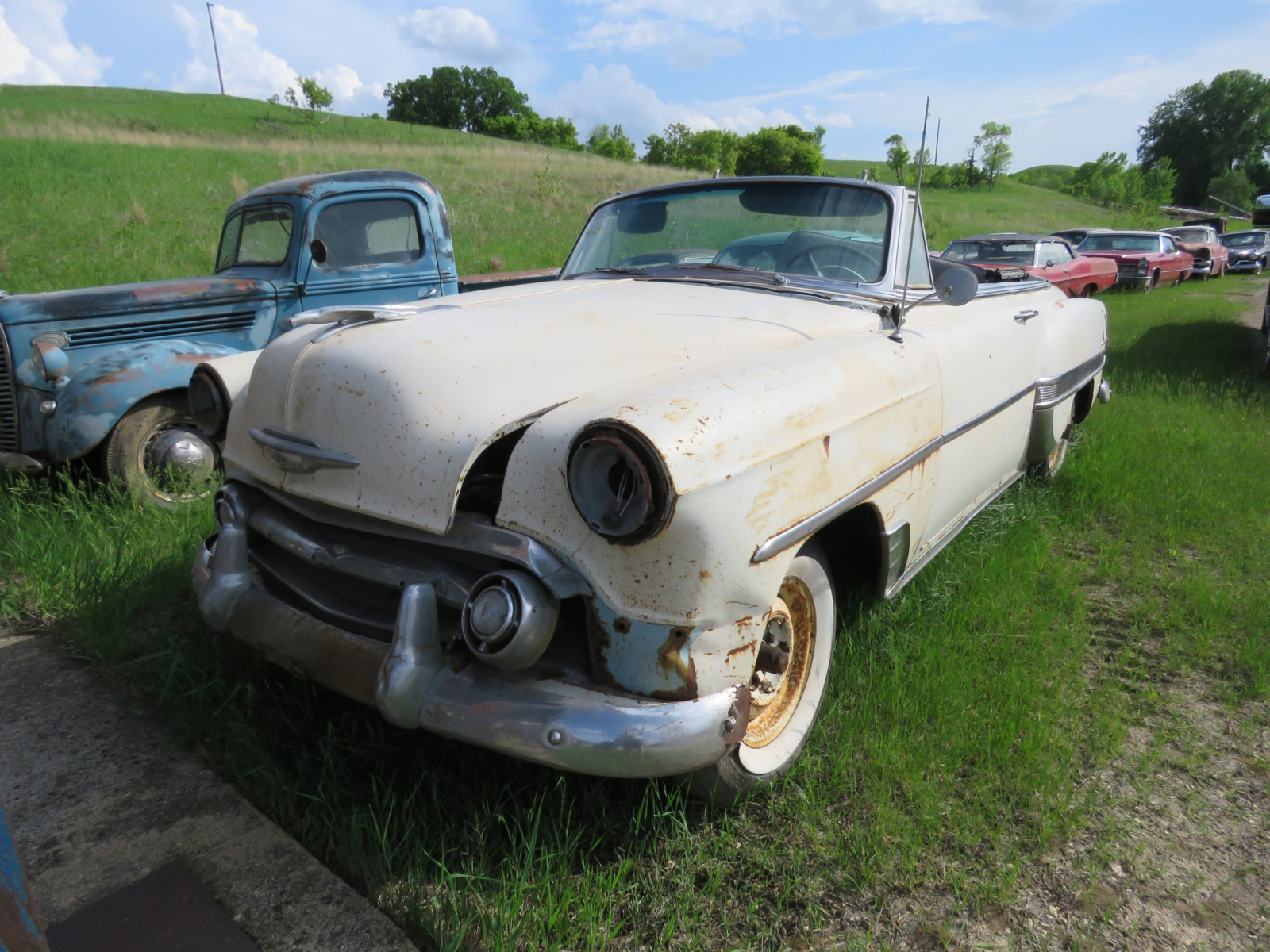 1953 Chevrolet Convertible for Restore - Image 3