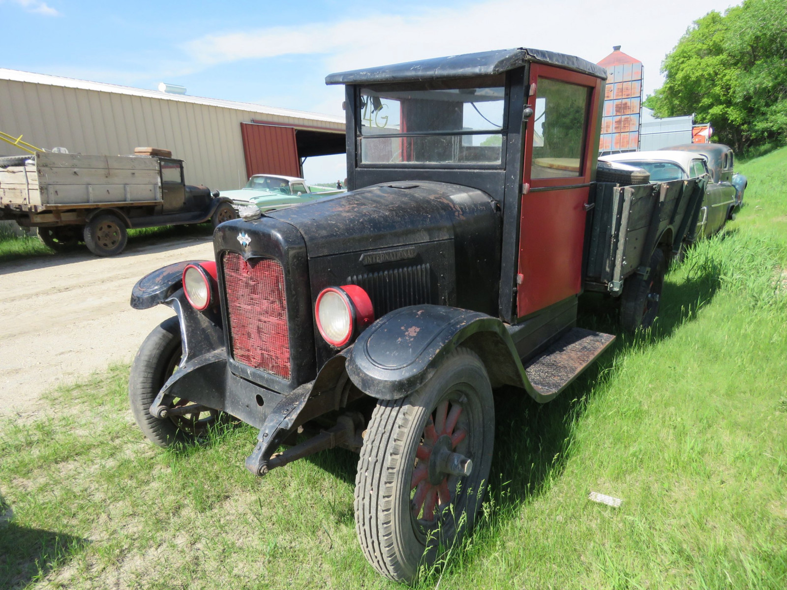 1920's International Truck - Image 3