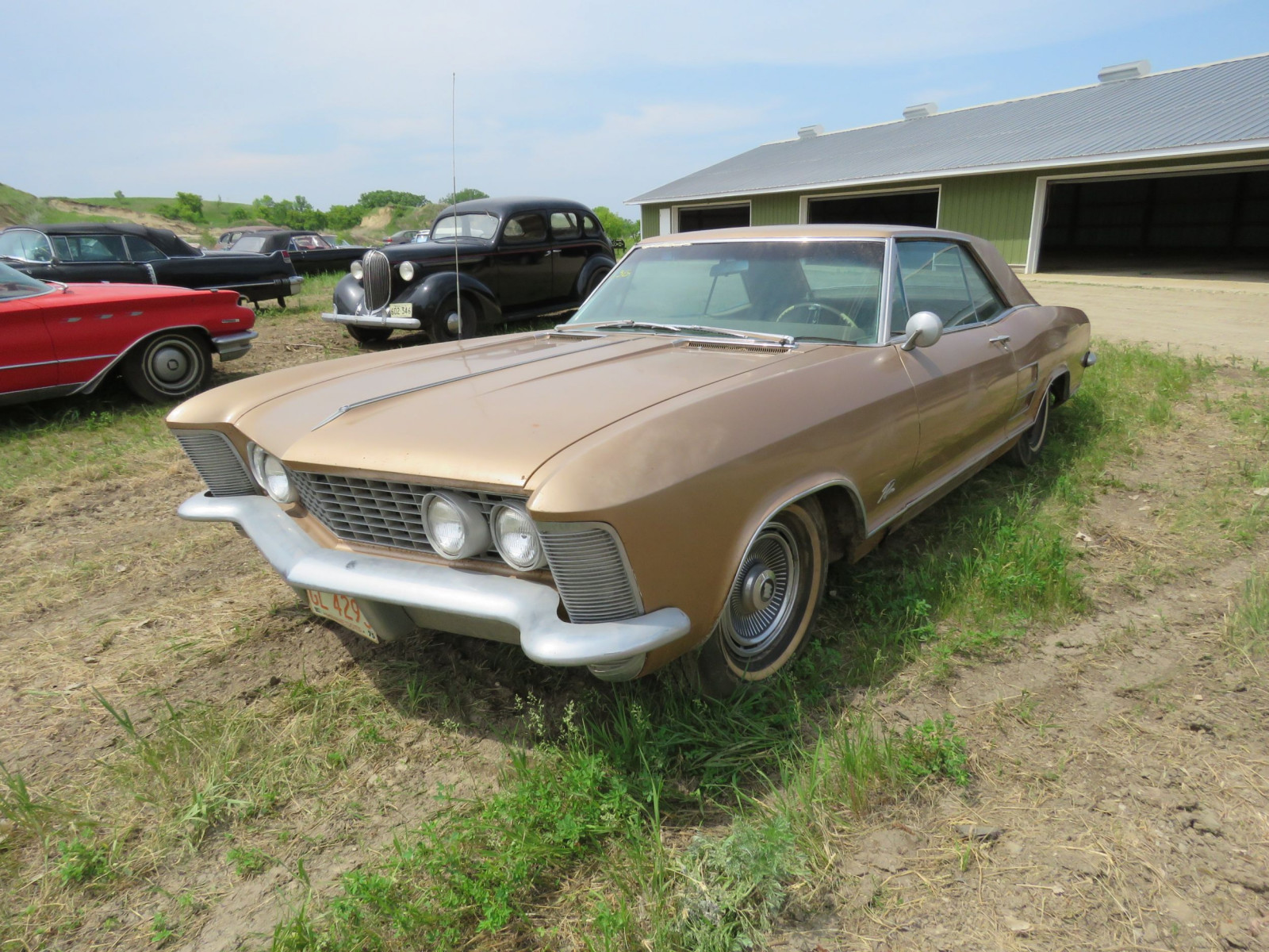 1967 Buick Riviera Coupe 7J1057263 - Image 3