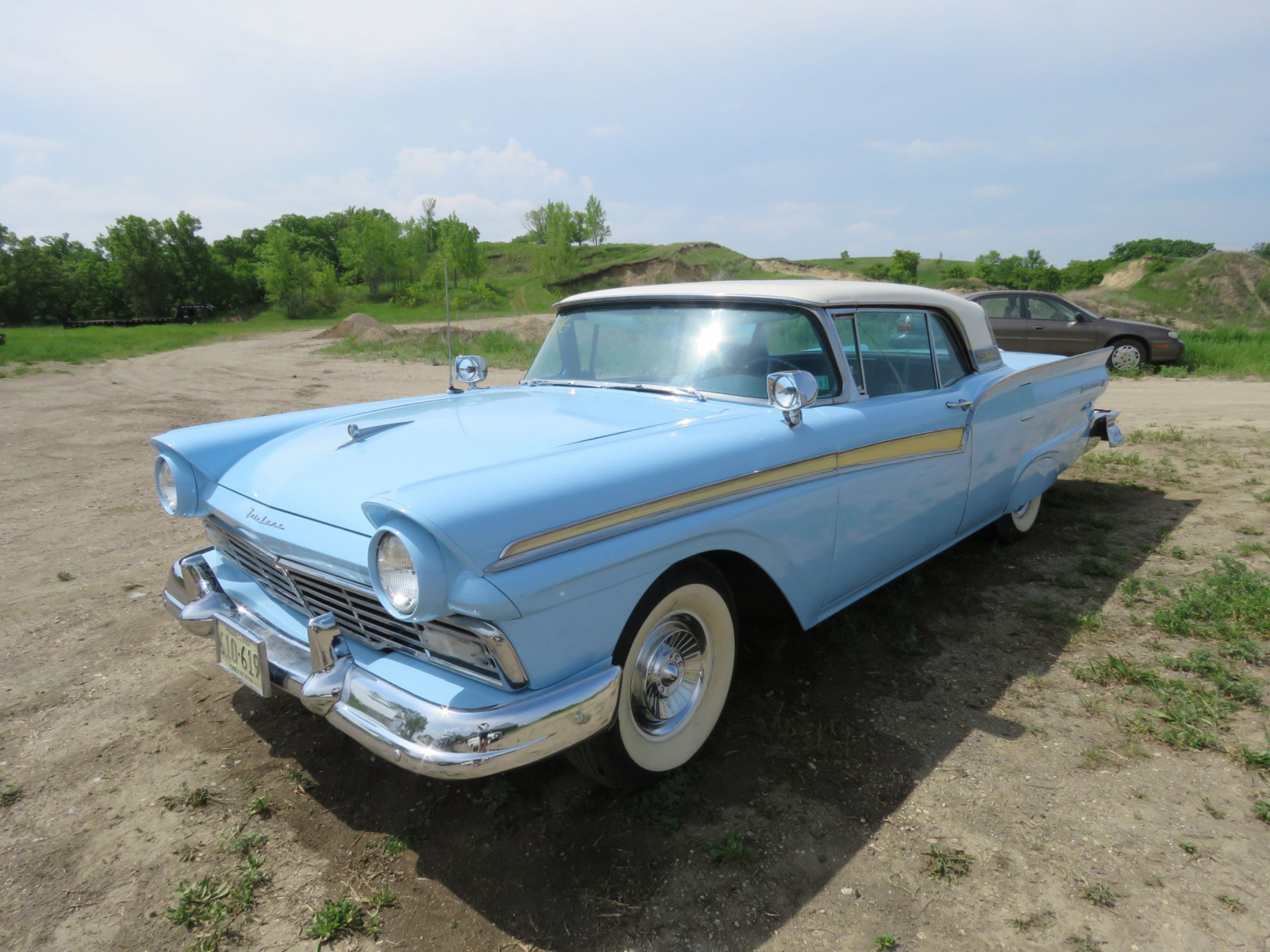 1957 Ford Fairlane Sky liner Retractable Hardtop D7FW308466 - Image 3