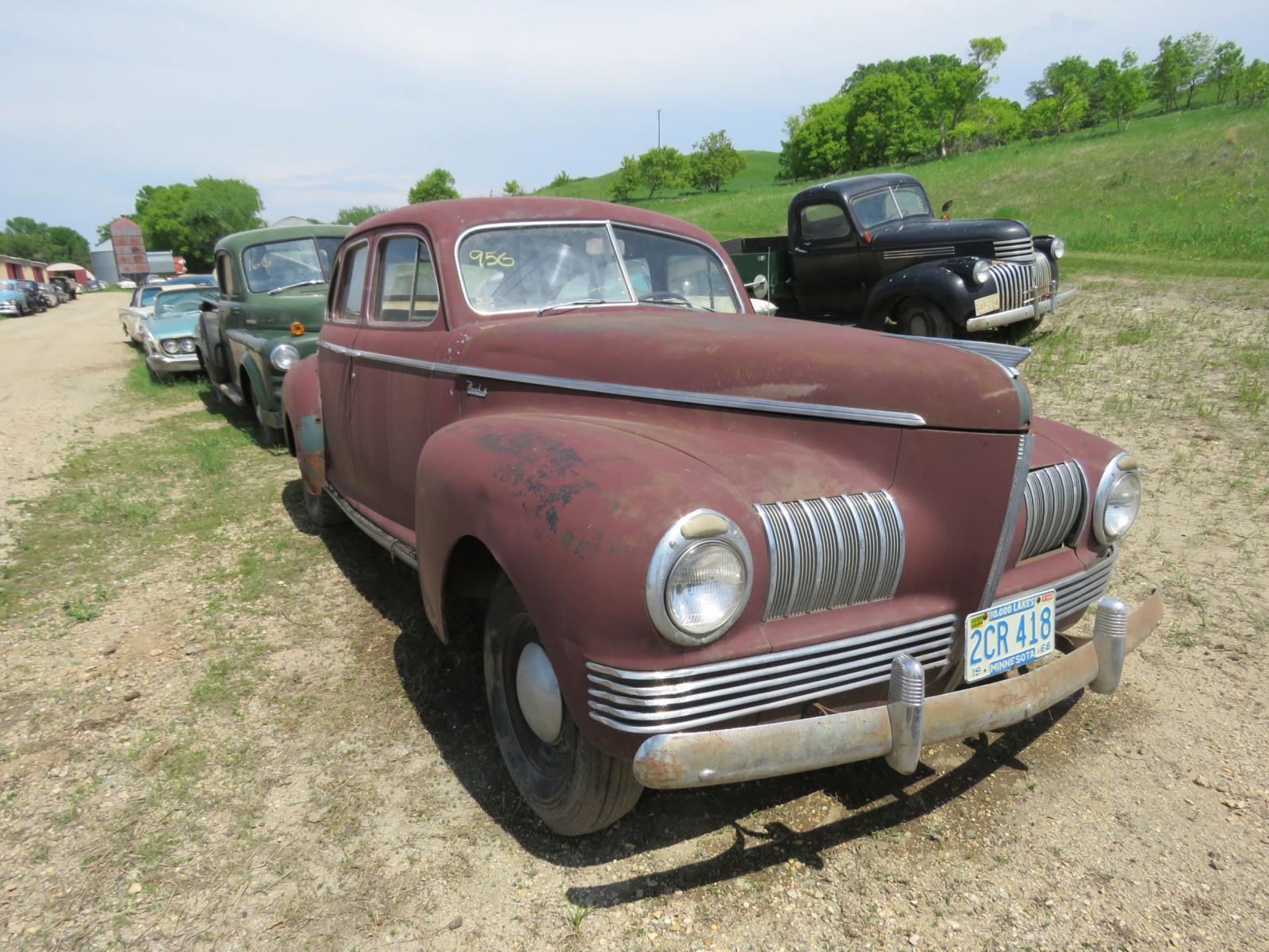 1941 Nash 6 4dr Suicide Sedan for Rod or Restore - Image 1