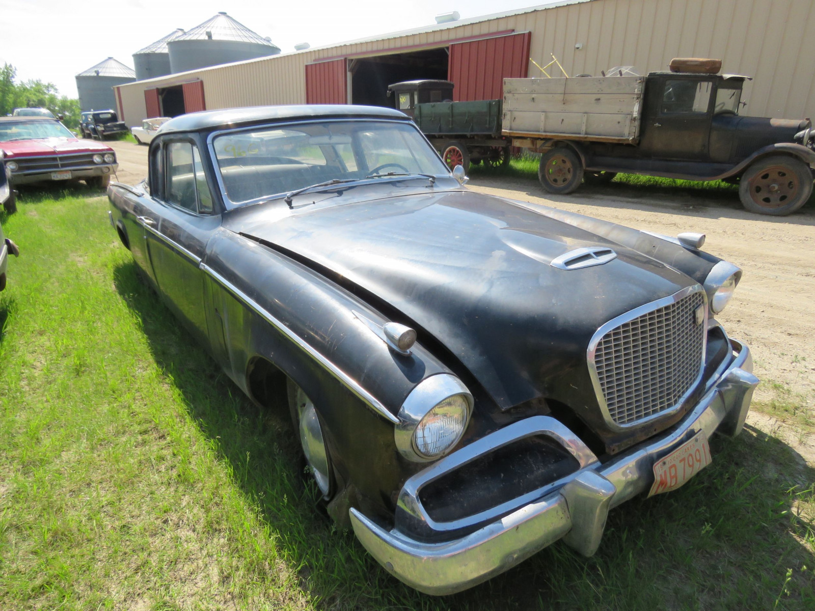 1956 Studebaker Night Hawk Coupe G1364140 - Image 1