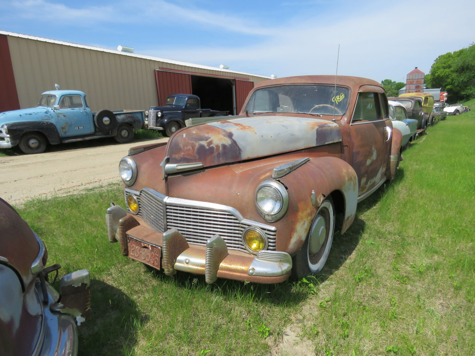 1942 Studebaker President Skyway Coupe 7147049 - Image 1