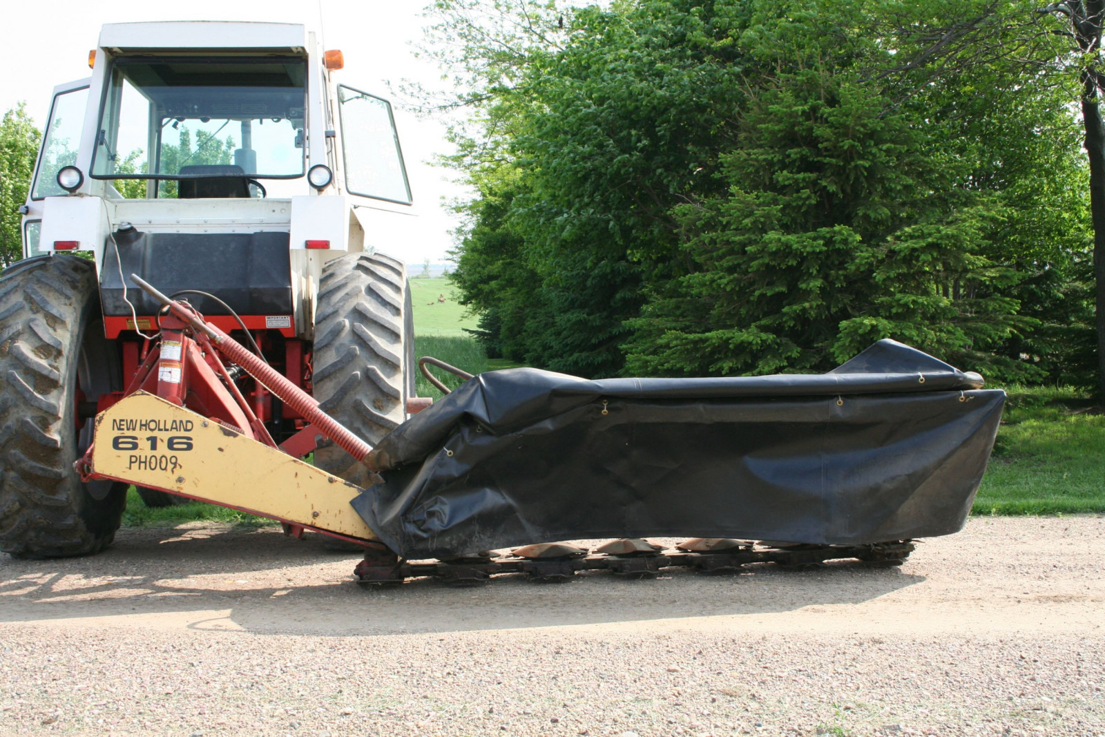 New Holland 616 Disc Mower - Image 1