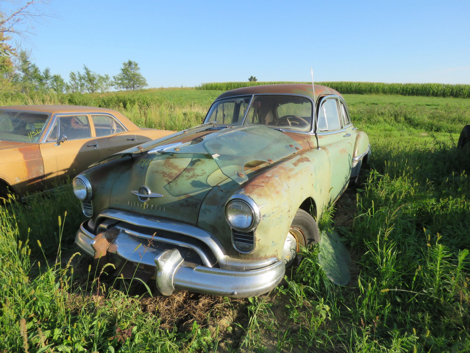 1949 Oldsmobile 4dr Sedan for Project or Parts - Image 2