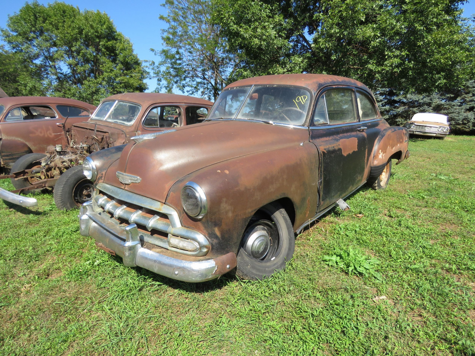 1952 Chevrolet 2dr Sedan for Project or Parts - Image 1