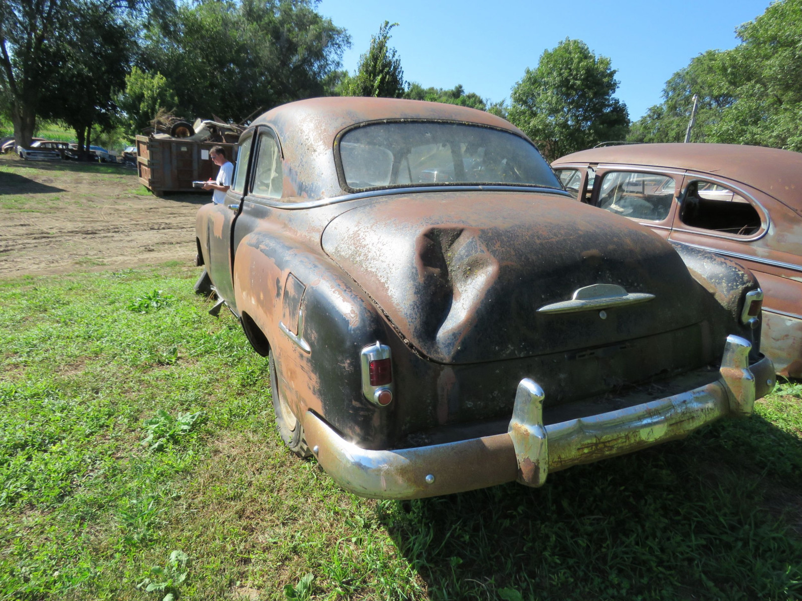 1952 Chevrolet 2dr Sedan for Project or Parts - Image 6