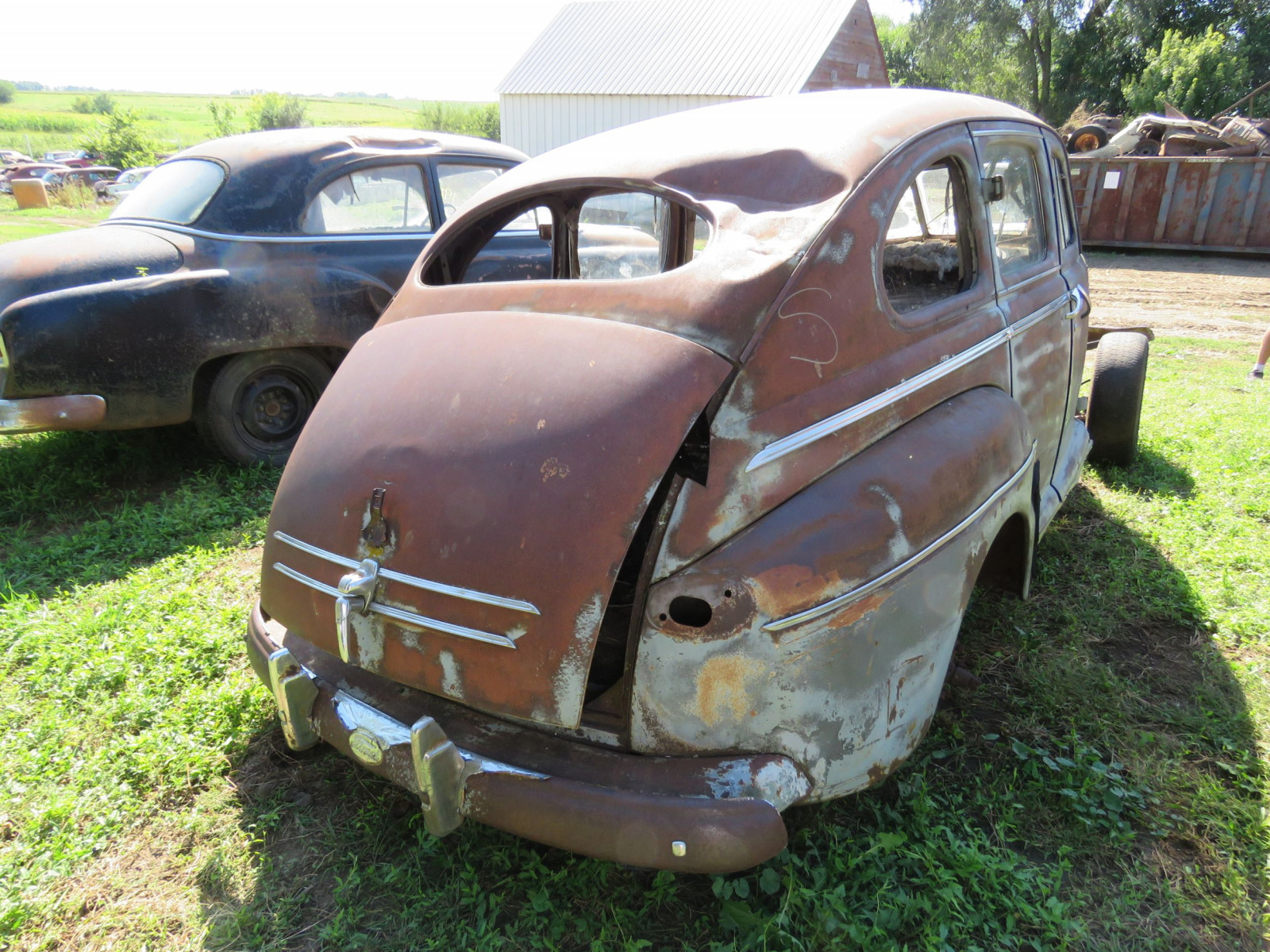 1947 Ford 2dr Sedan for Project or Parts - Image 3