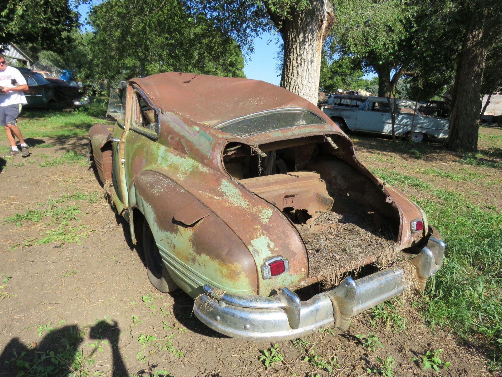 1947 Chevrolet 2dr Sedan for project or parts - Image 2