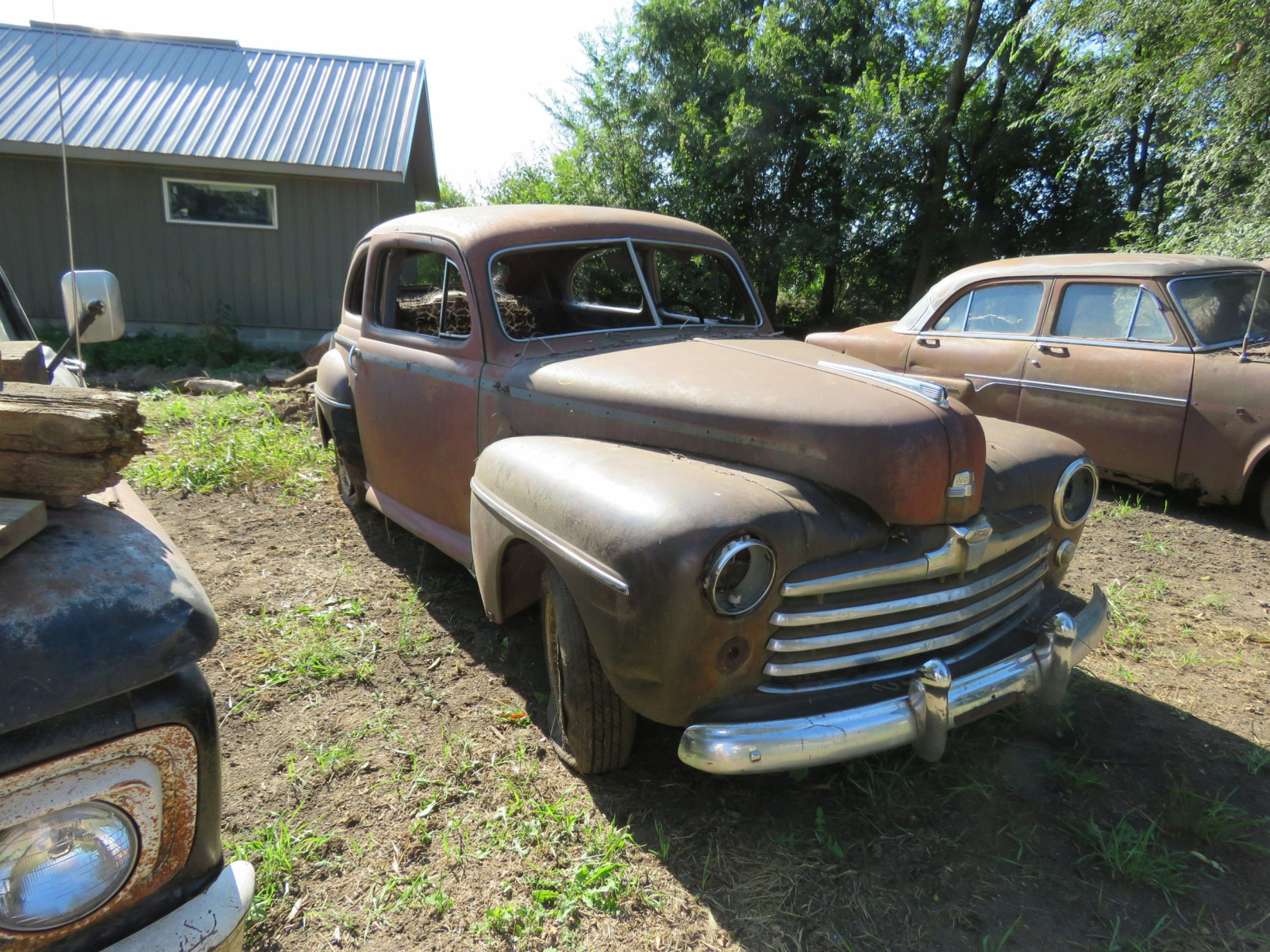 1947 Ford 2dr Sedan for Project or Parts - Image 1