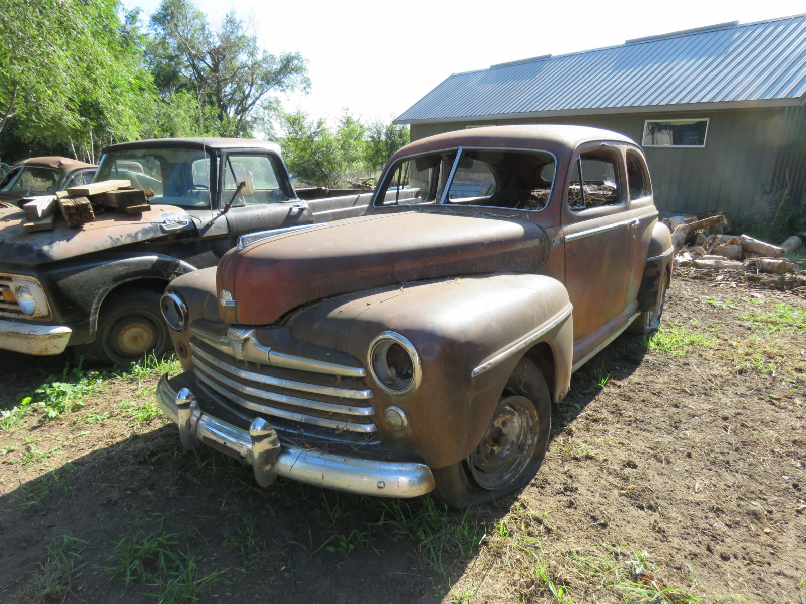 1947 Ford 2dr Sedan for Project or Parts - Image 2