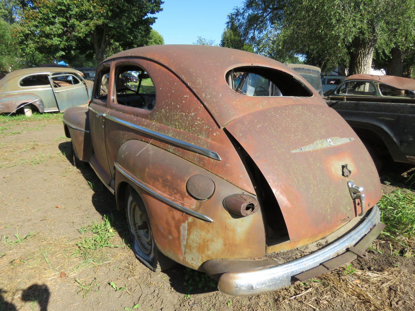 1947 Ford 2dr Sedan for Project or Parts - Image 4