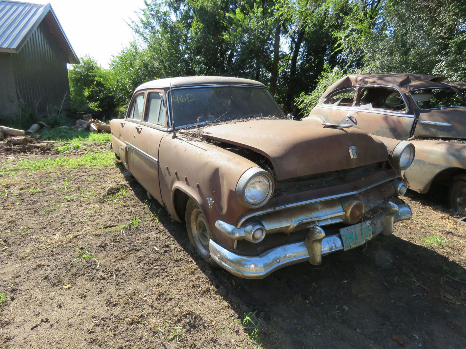 1954 Ford Customline 4dr Sedan for Project or Parts - Image 1