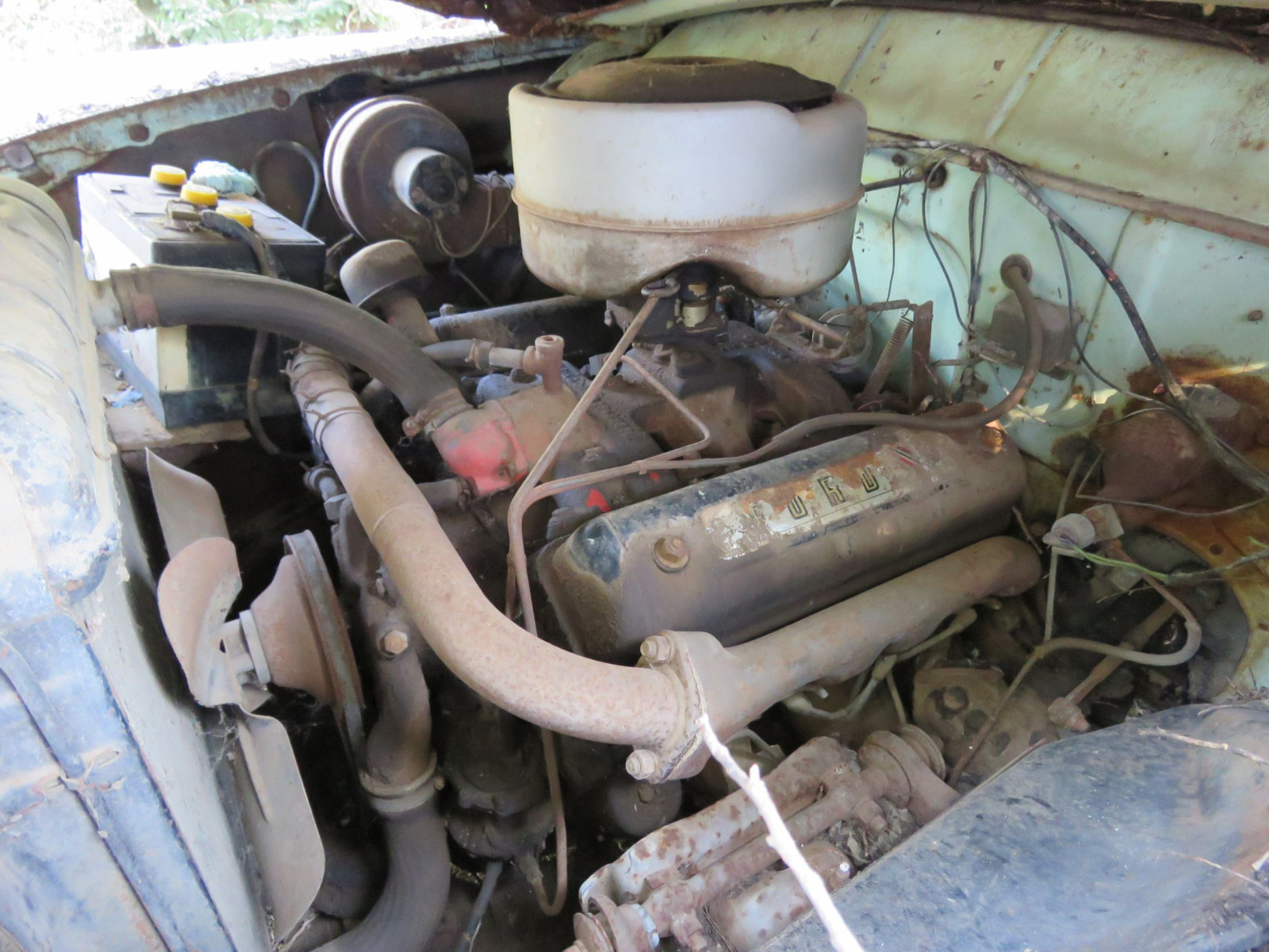 1955 Ford Customline 4dr Sedan for Project or Parts - Image 4