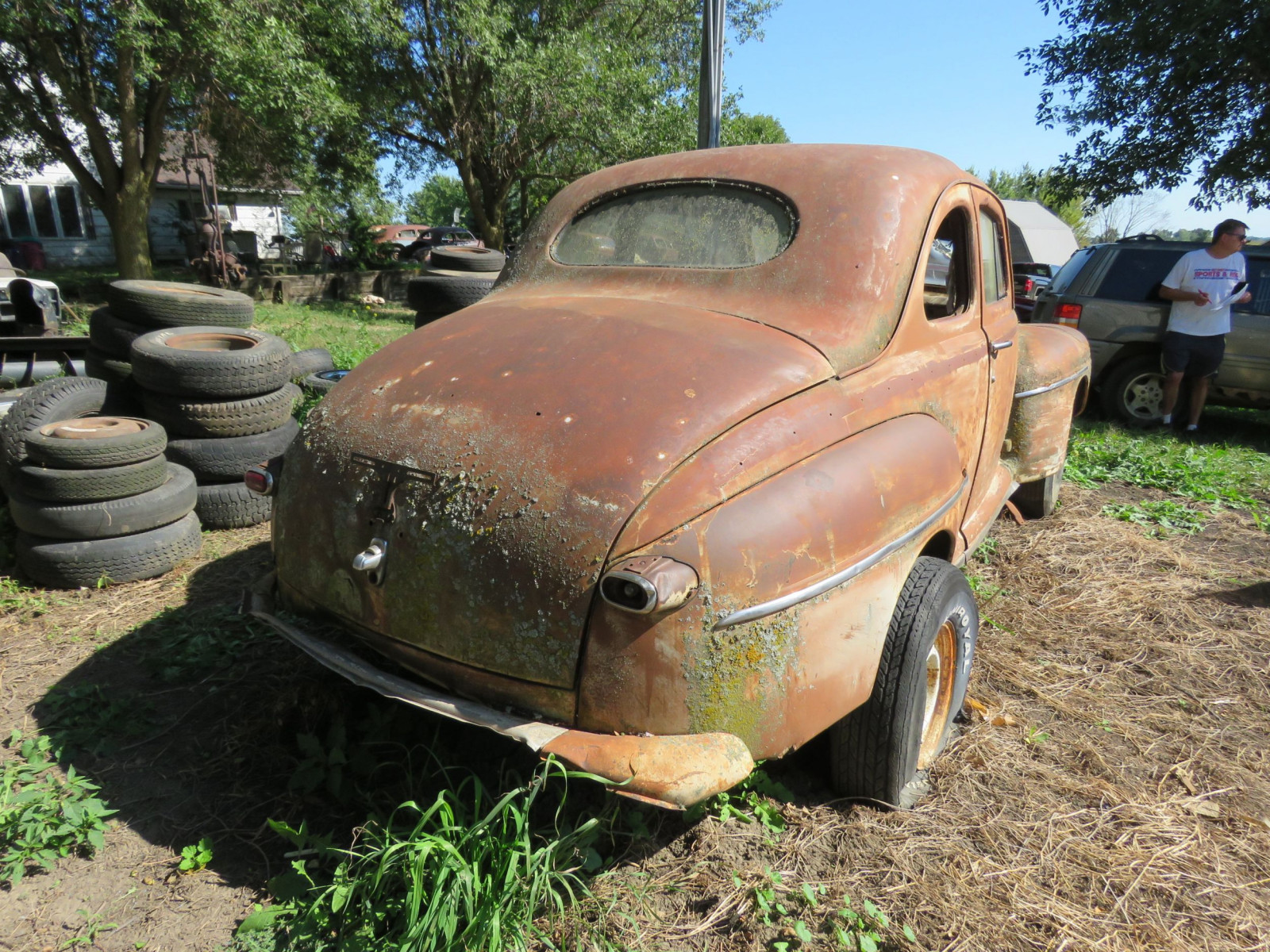 1946 Ford 2dr Coupe for Rod or Restore - Image 3