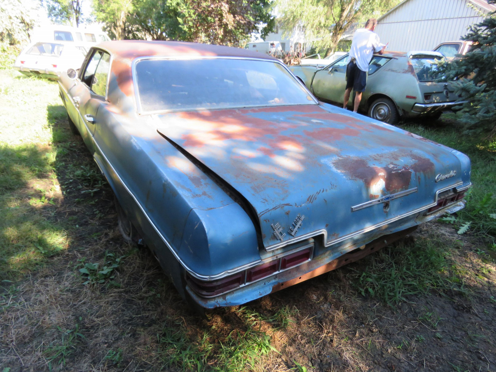 1966 Chevrolet Impala 4dr HT for Project or Parts - Image 3